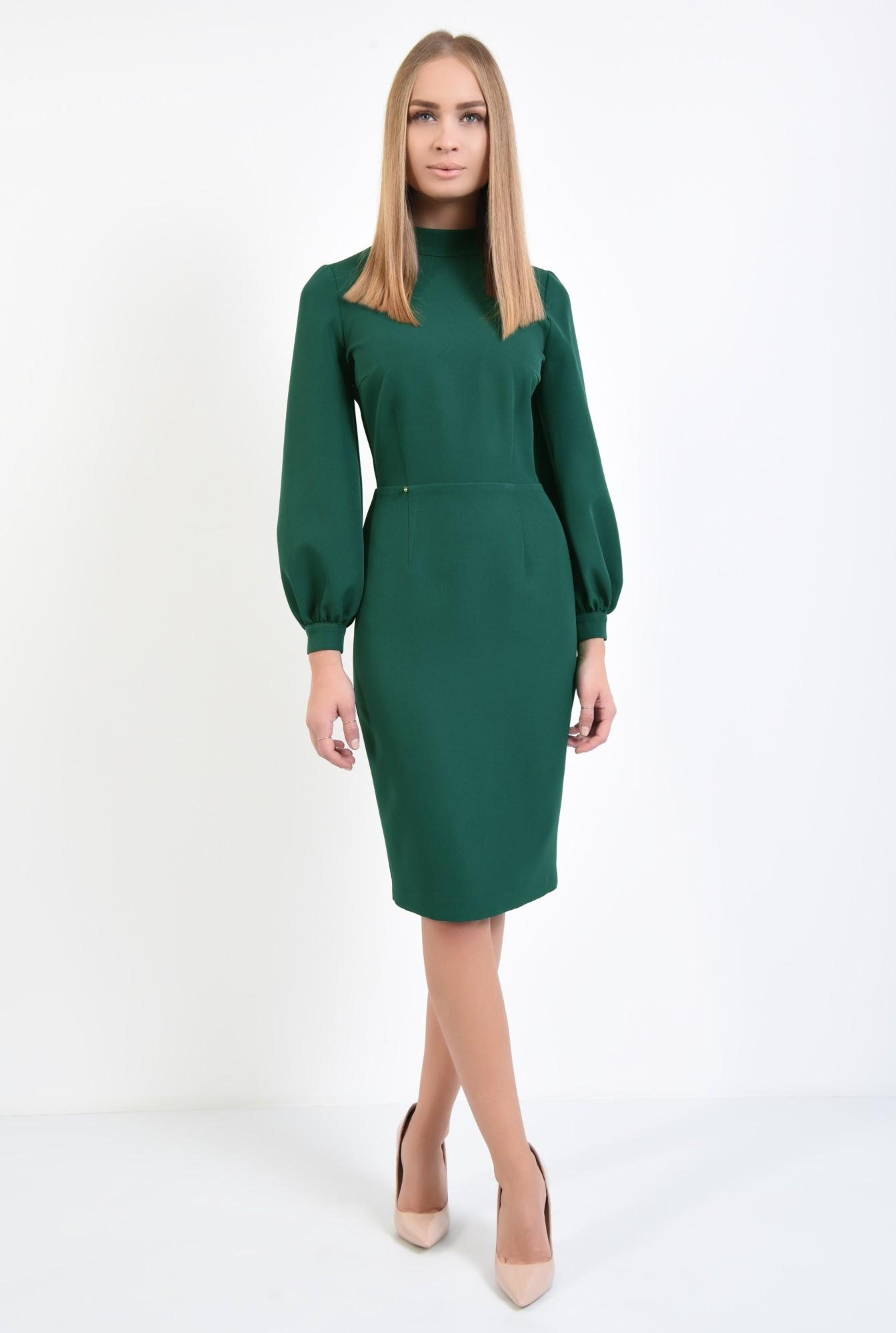 3 - rochie verde, de zi, croi conic, cusatura in talie, guler inalt