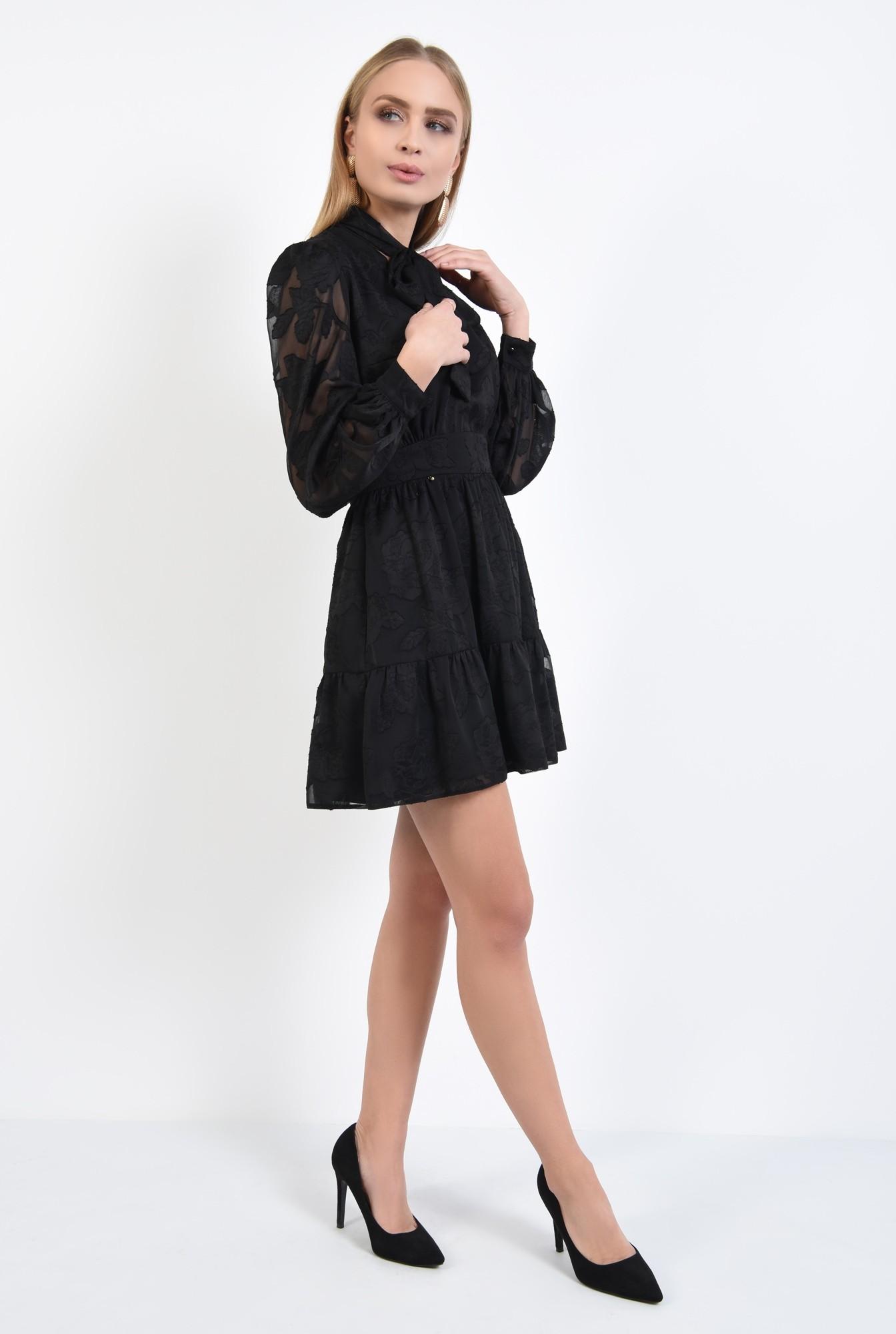 3 - rochie neagra, little black dress, croi evazat cu volan