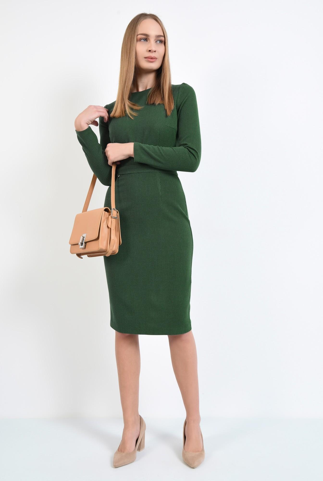 3 - rochie verde, creion, conica, midi, decolteu la baza gatului