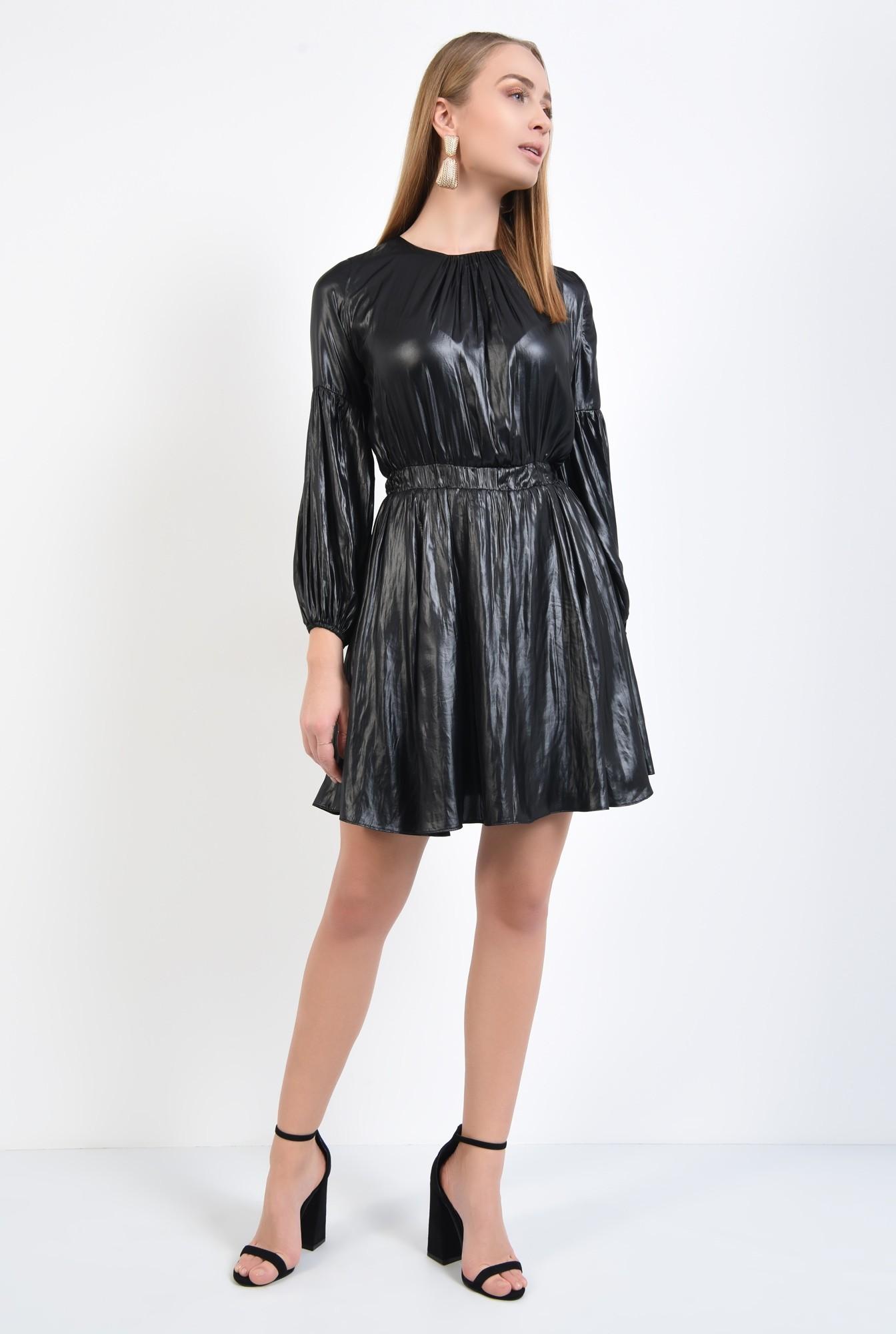 3 - rochie neagra, mini, casual, fronseuri la decolteu