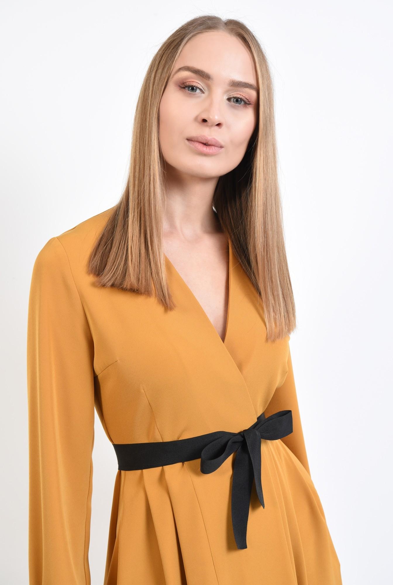 2 - rochie mustar, anchior petrecut, maneci lungi cu manseta, croi parte peste parte