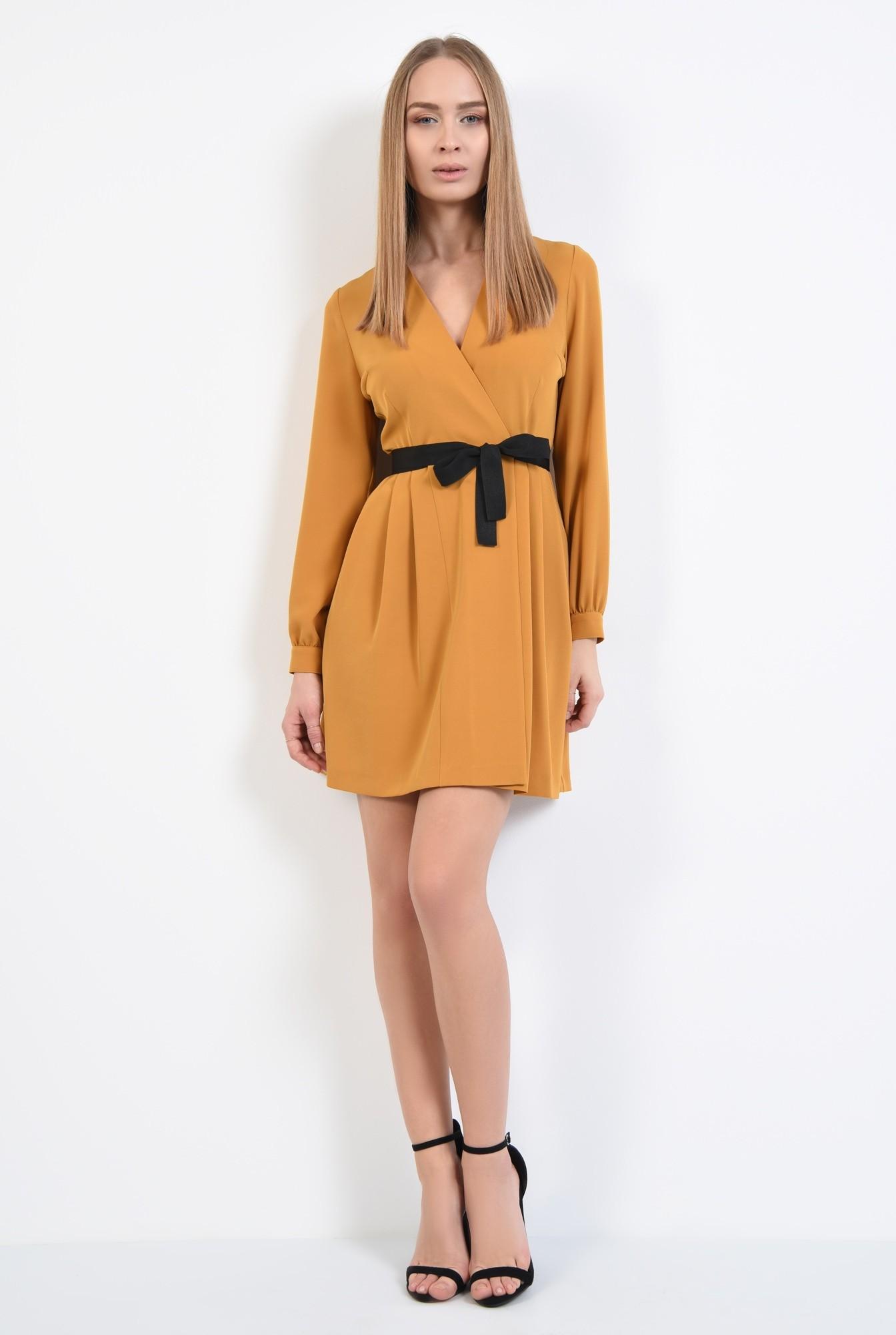 3 - rochie mustar, anchior petrecut, maneci lungi cu manseta, croi parte peste parte