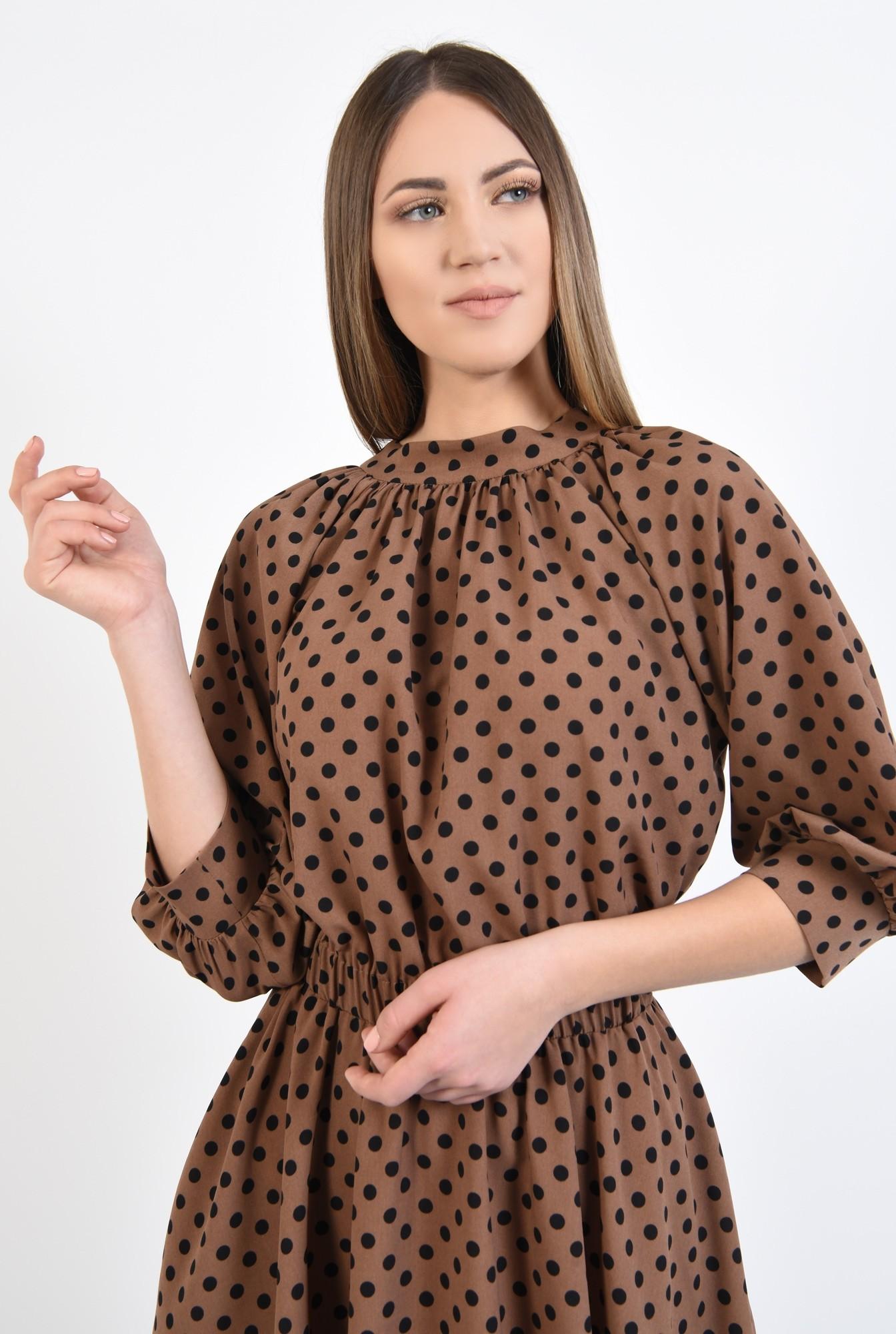 2 - rochie cu imprimeu, scurta, clos, maro, cu guler, elastic in talie