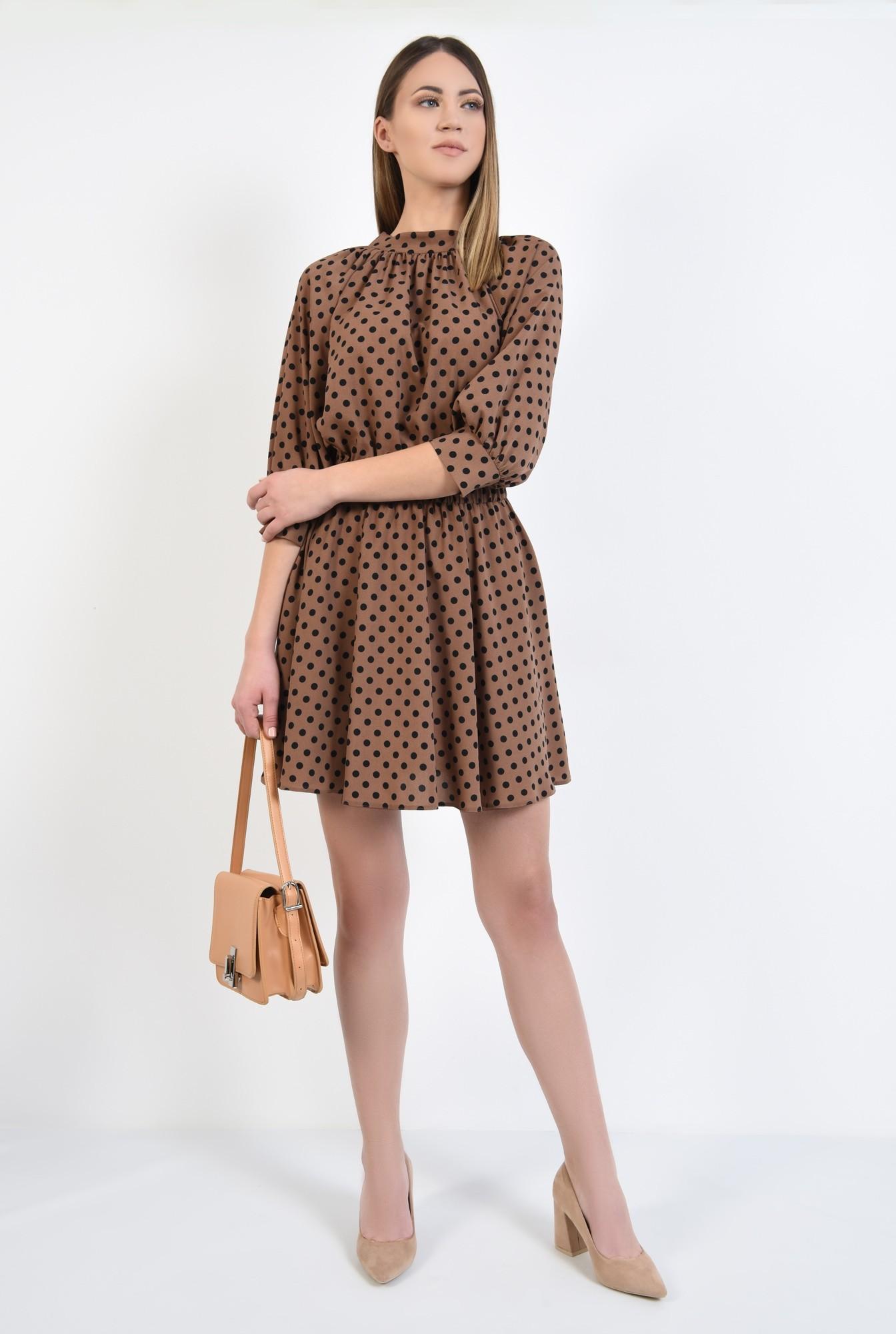 3 - rochie cu imprimeu, scurta, clos, maro, cu guler, elastic in talie