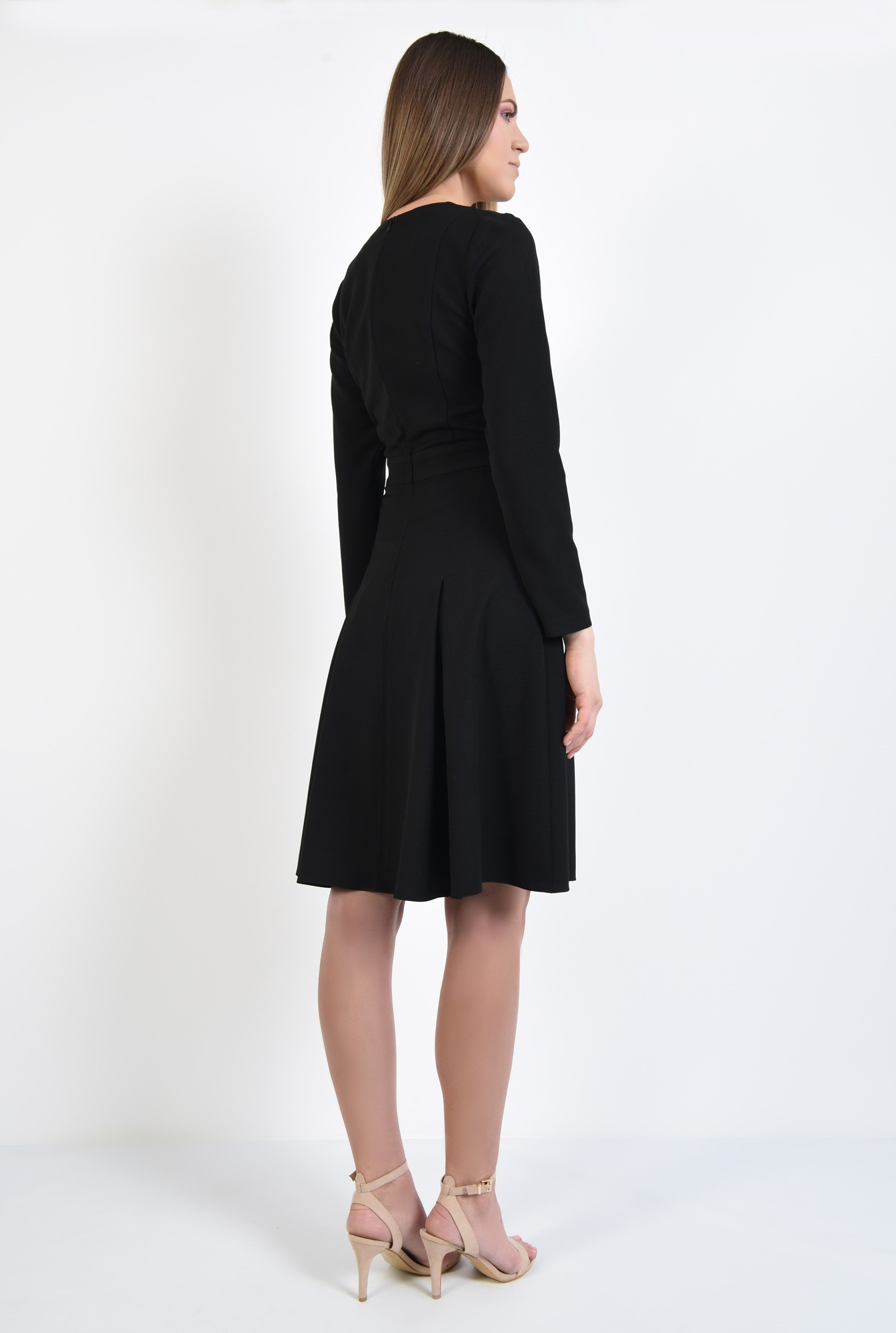1 - rochie neagra, midi, din crep, maneci lungi ajustate
