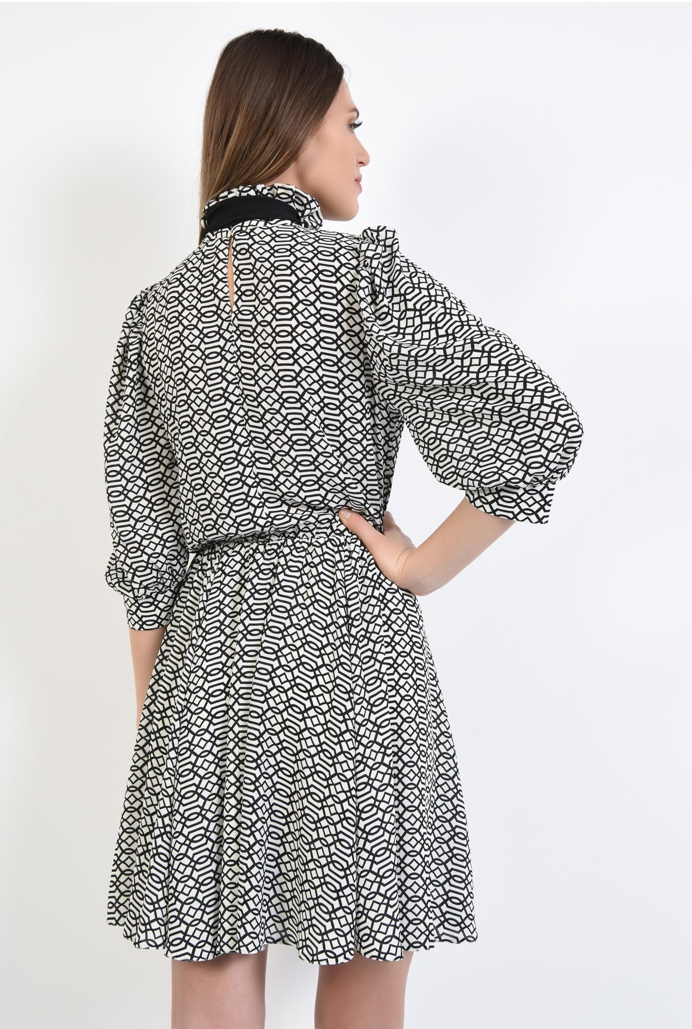 1 - 360 - rochie mini, clos, maneci bufante cu manseta, guler incretit