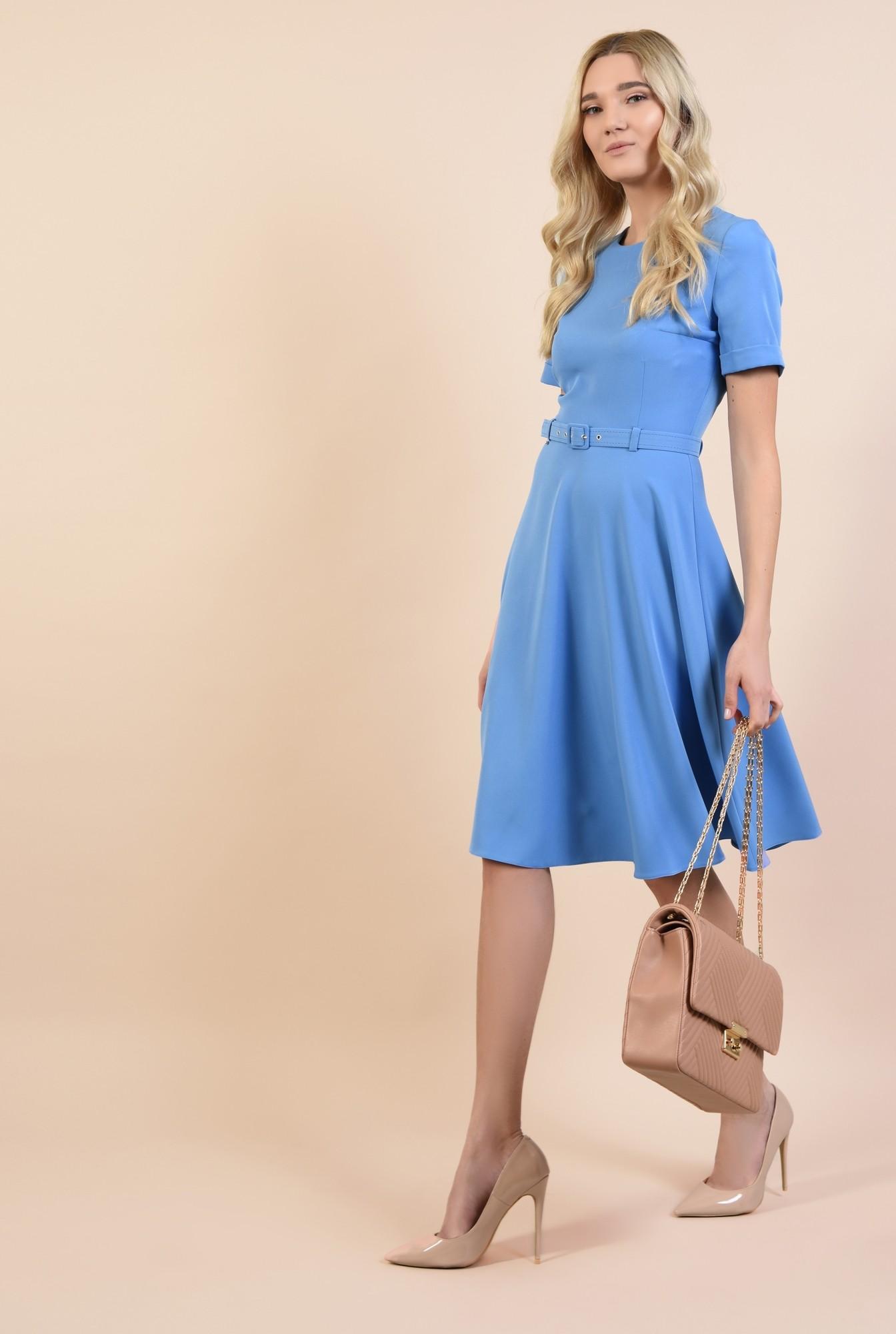 3 - rochie office, clos, bleu, midi, cu centura subtire, maneci scurte cu manseta