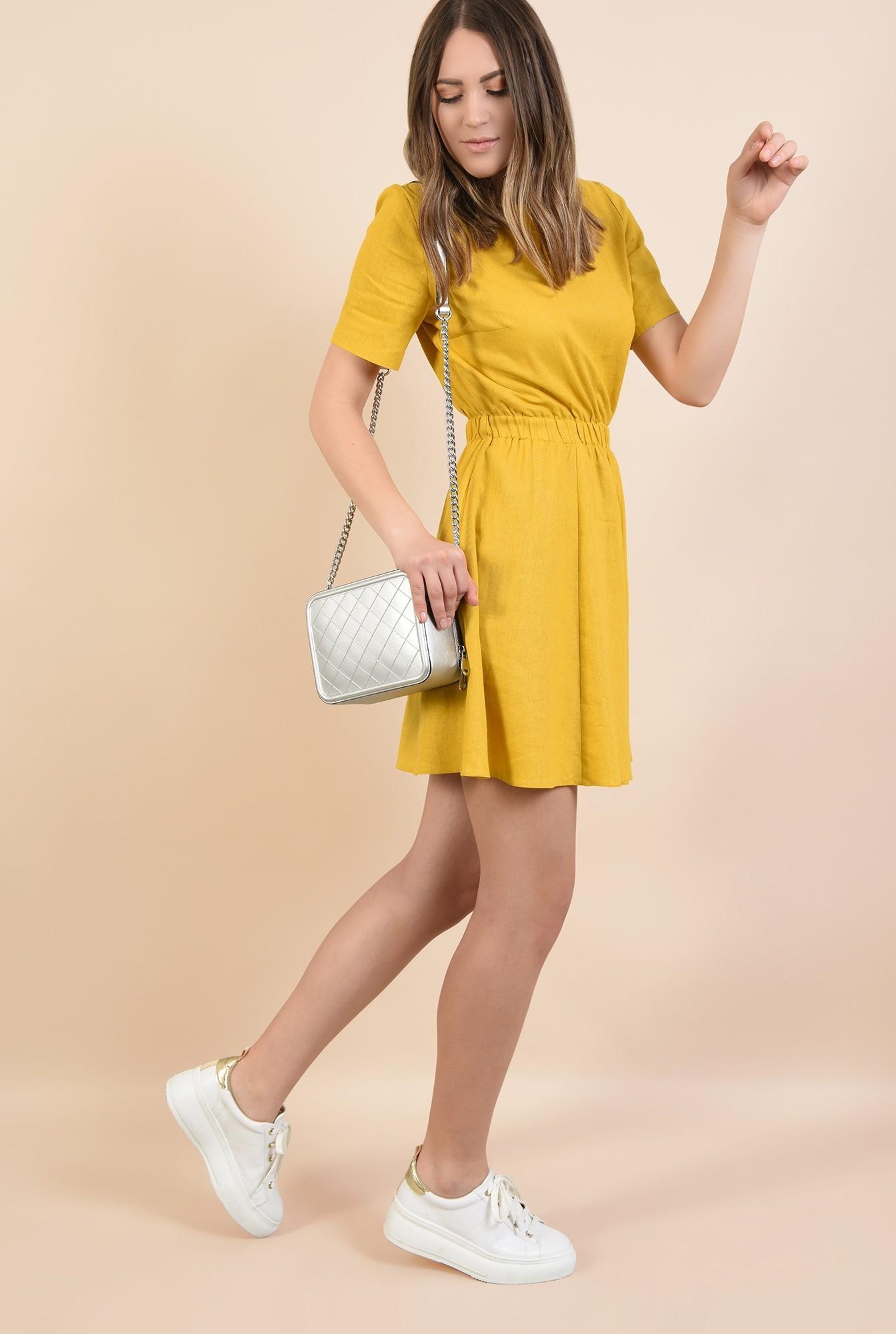 3 - rochie mustar, scurta, talie pe elastic, maneci scurte