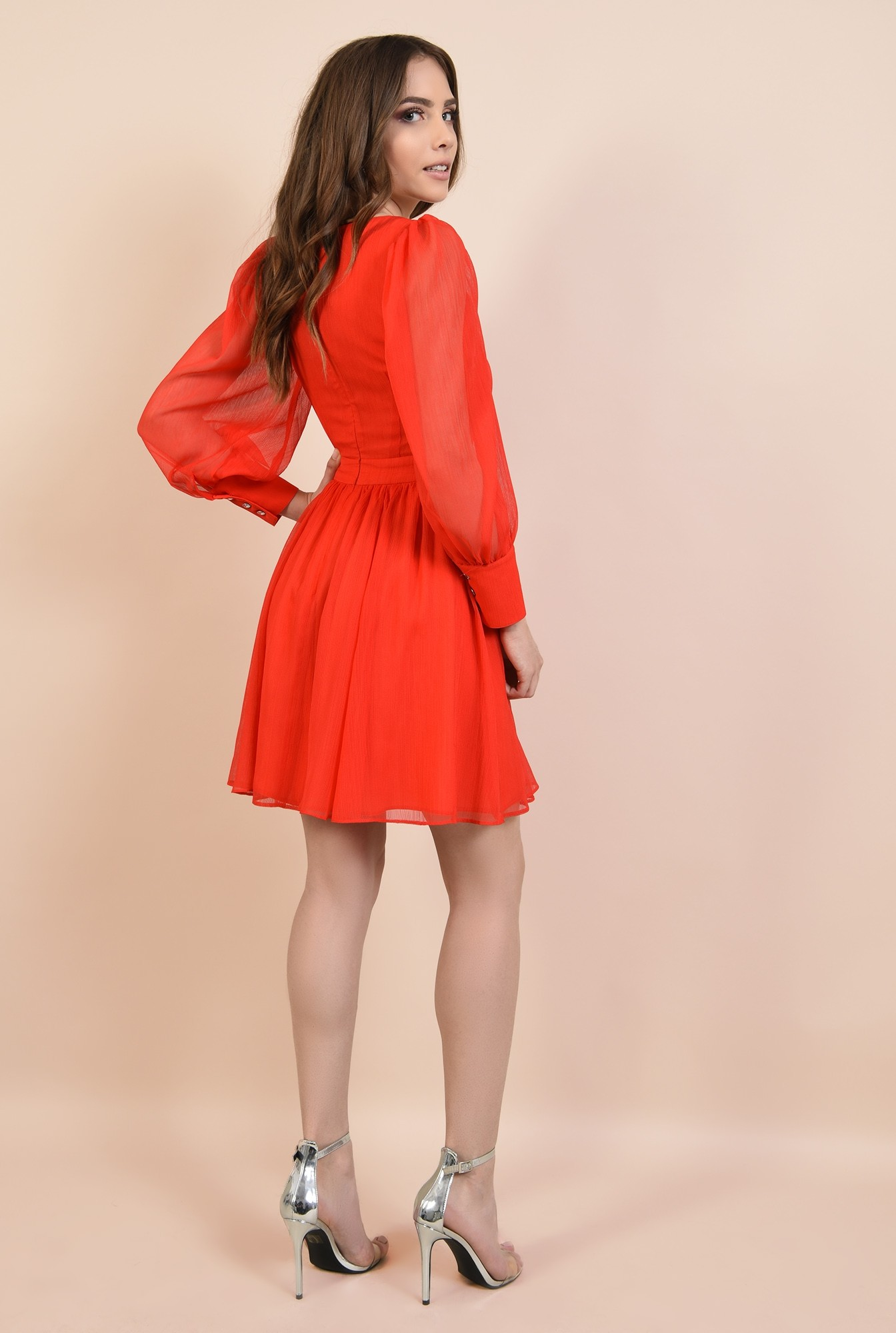 1 - rochie de ocazie, din voal creponat, rosu, cu bust fronsat, croi evazat