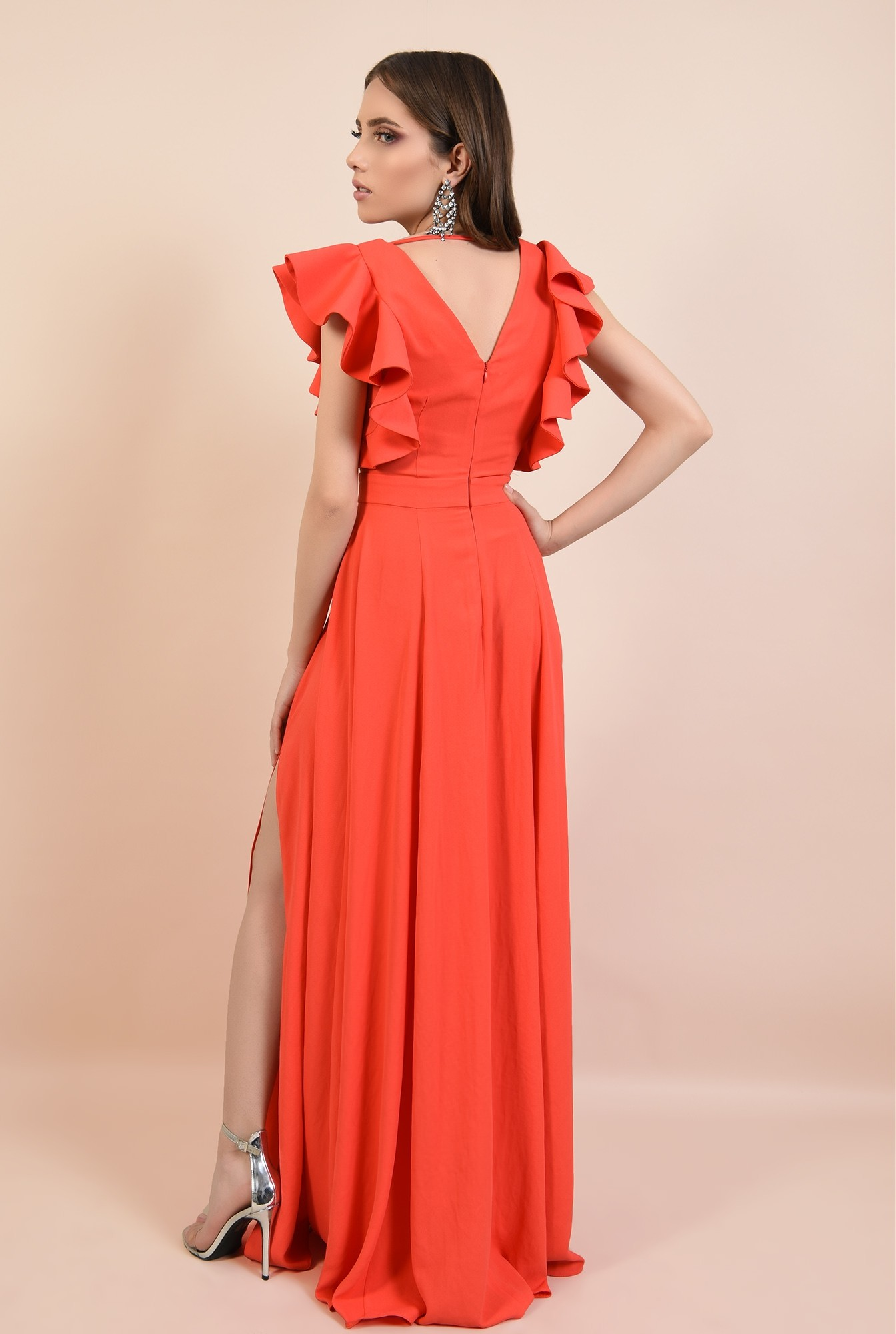 1 - rochie lunga, rosie, cu crapeu, cu volane la maneci, Poema