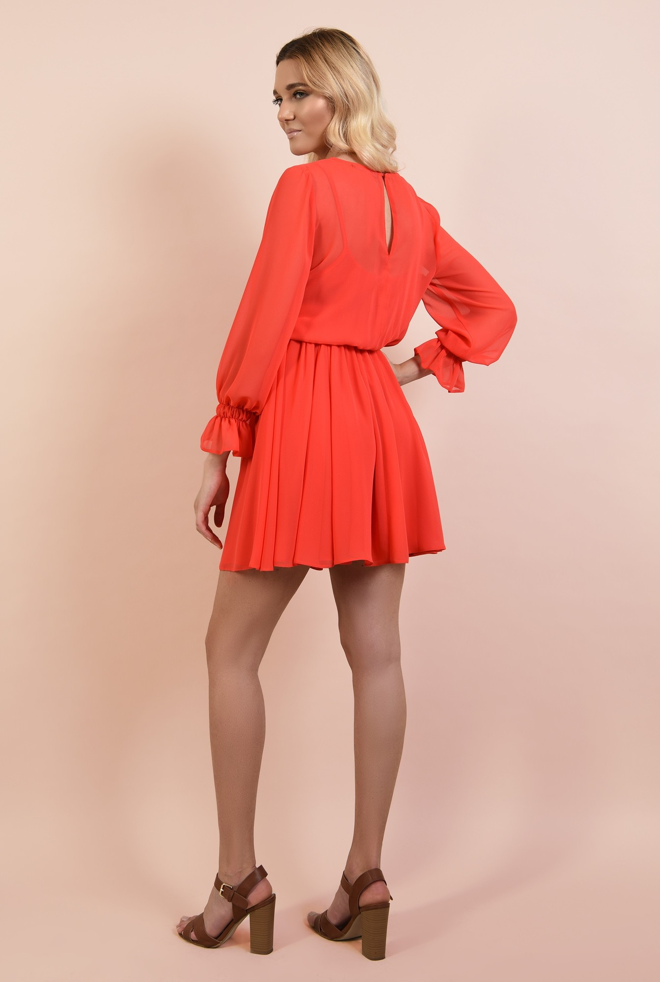 1 - rochie casual, scurta, clos, maneci lungi bufante, betelie elastica, Poema