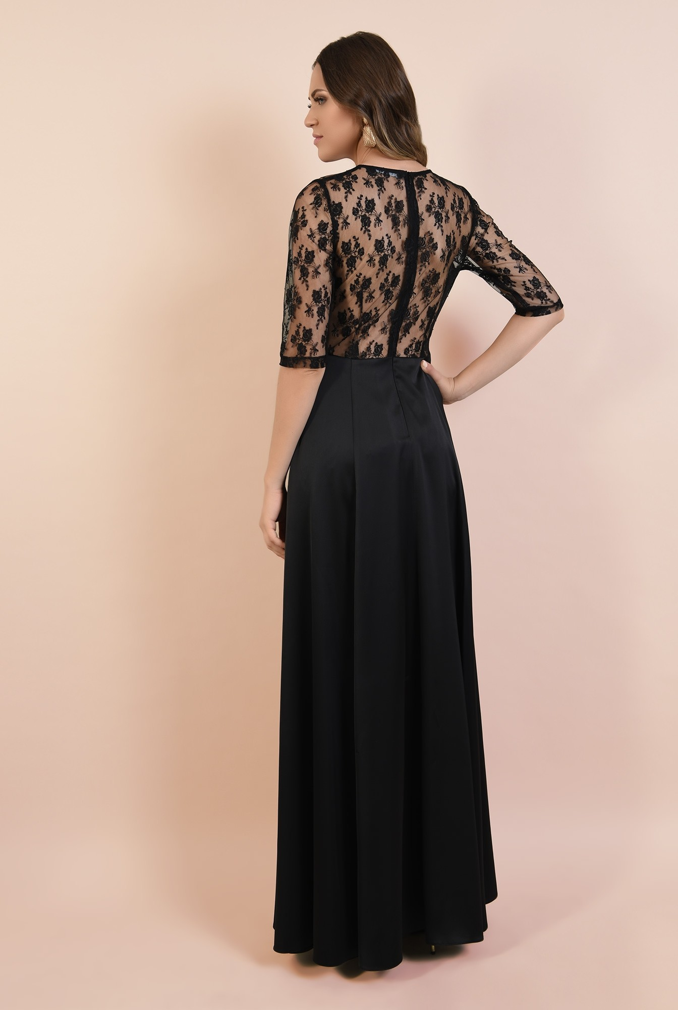 1 - rochie de seara, neagra, lunga, cu crapeu, din dantela, satin