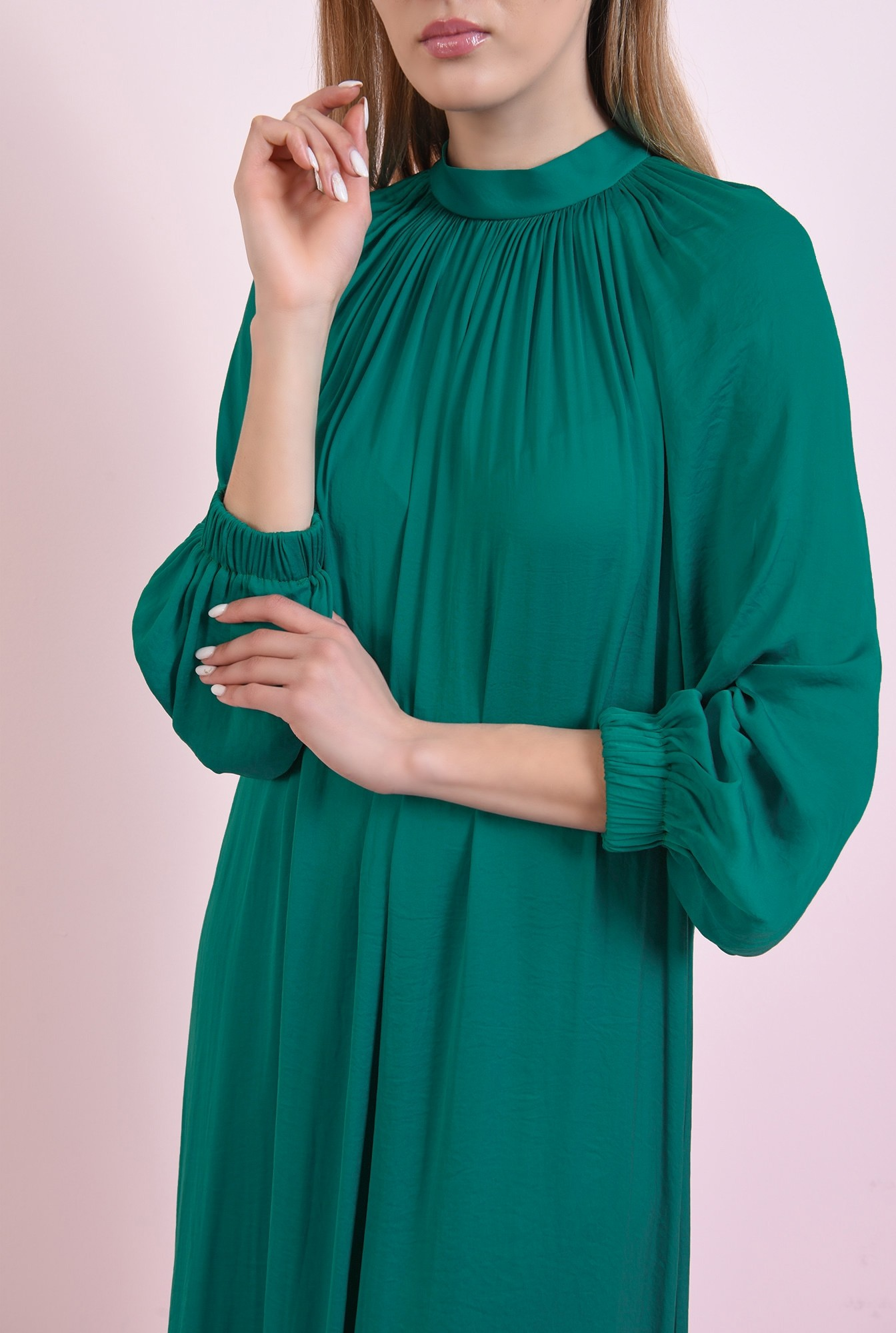 2 - rochie verde, din satin, Poema