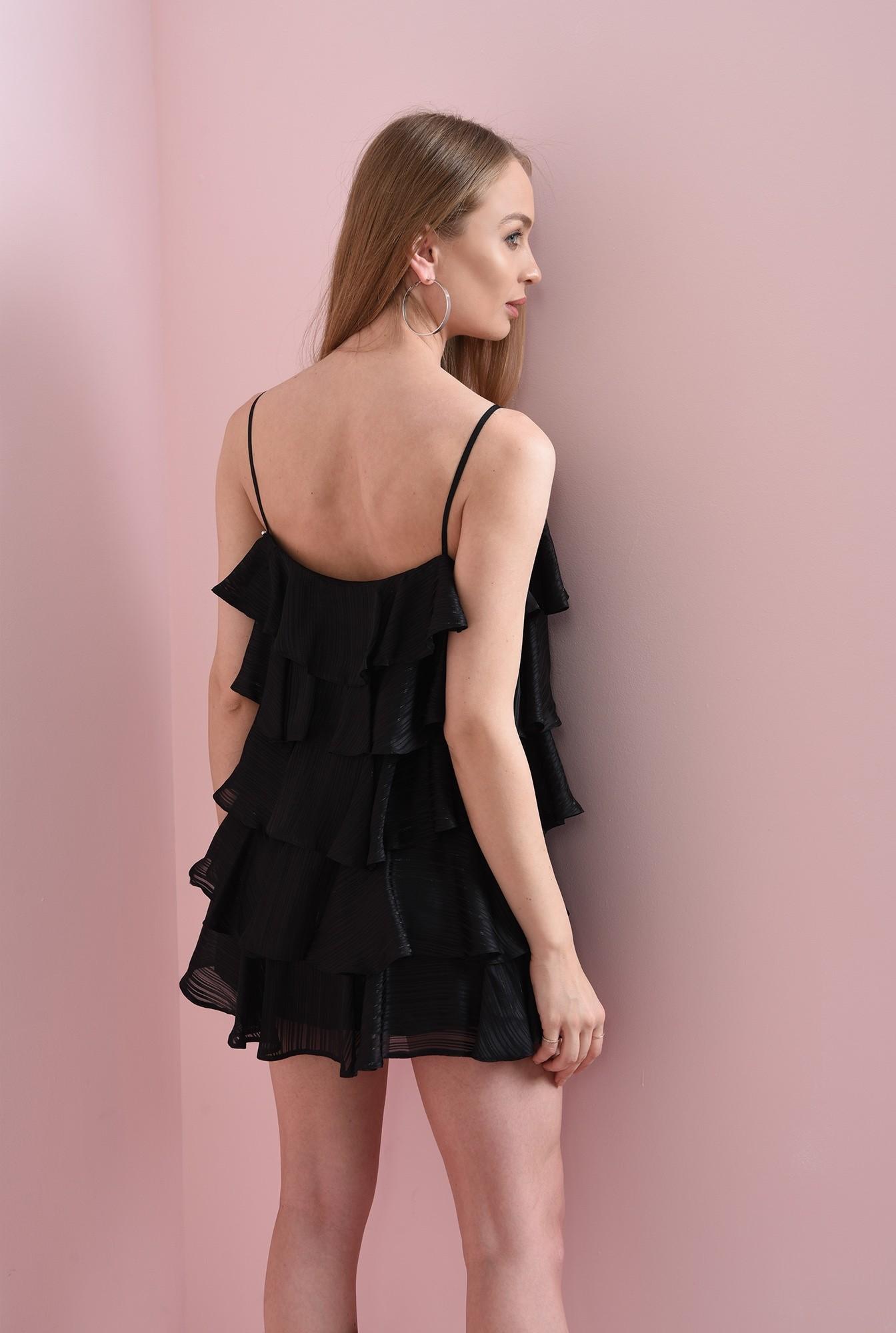 1 - rochie scurta, cu bretele subtiri