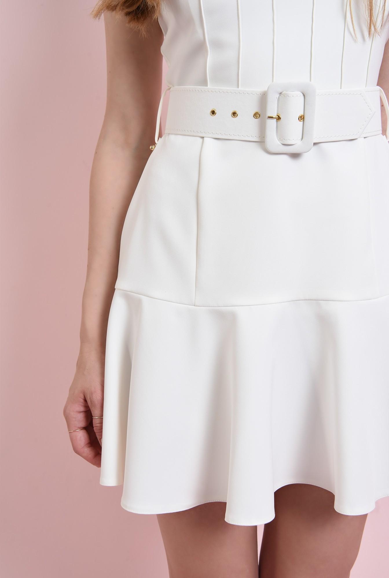 2 - rochie alba, evazata, scurta