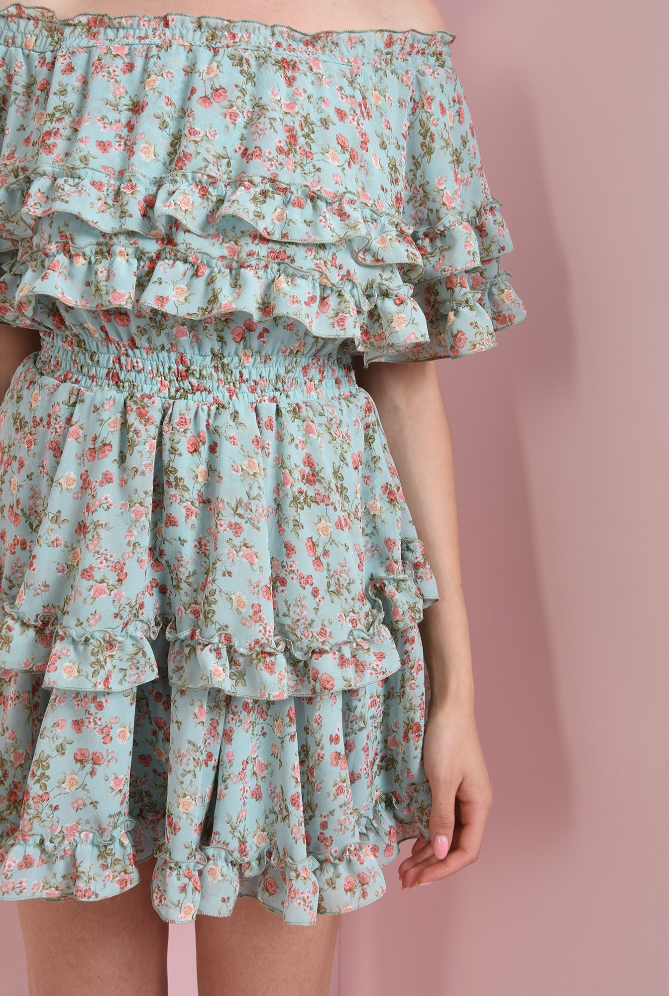 2 - rochie cu imprimeu floral, cu volane