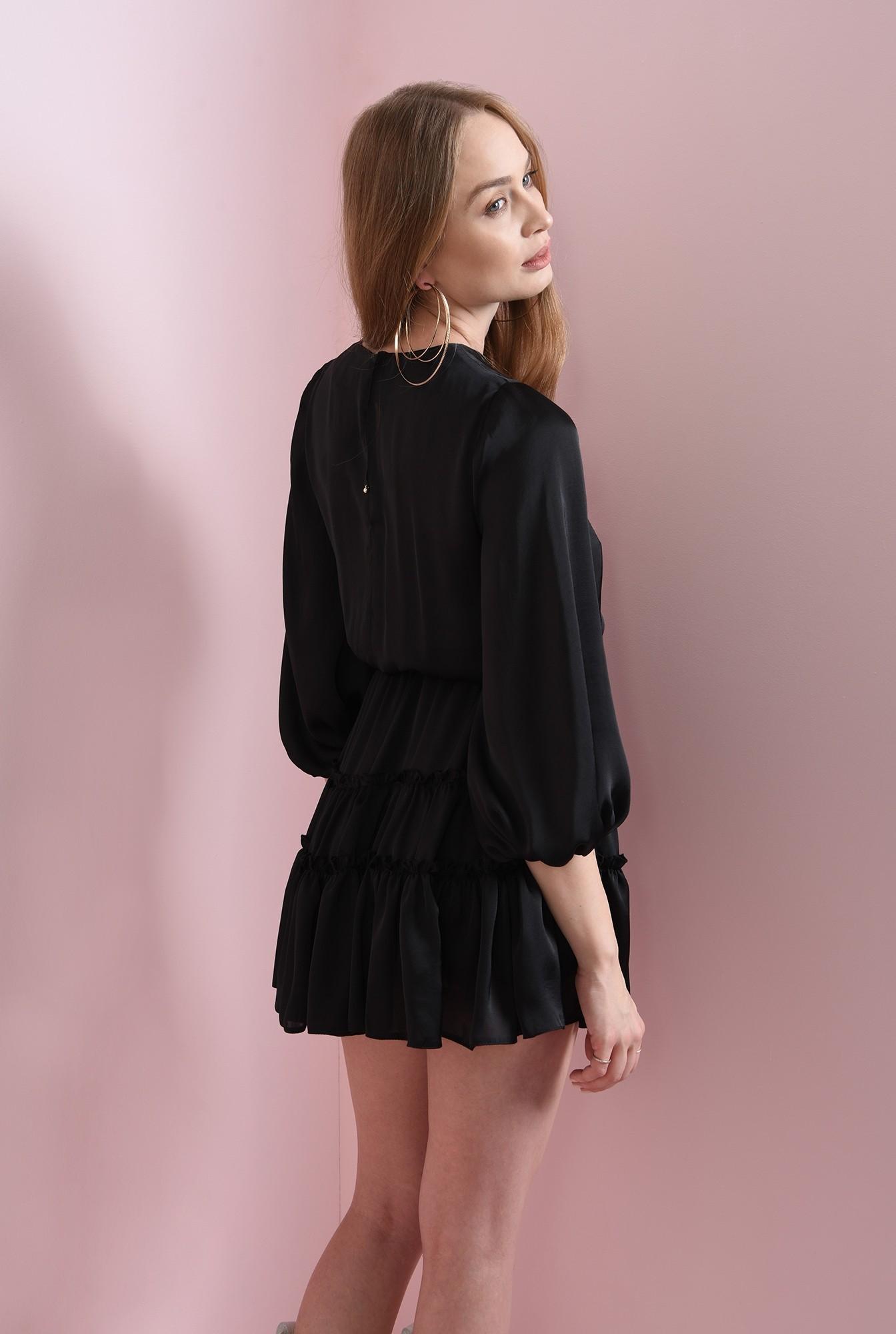 2 - rochie scurta, neagra, cu volan