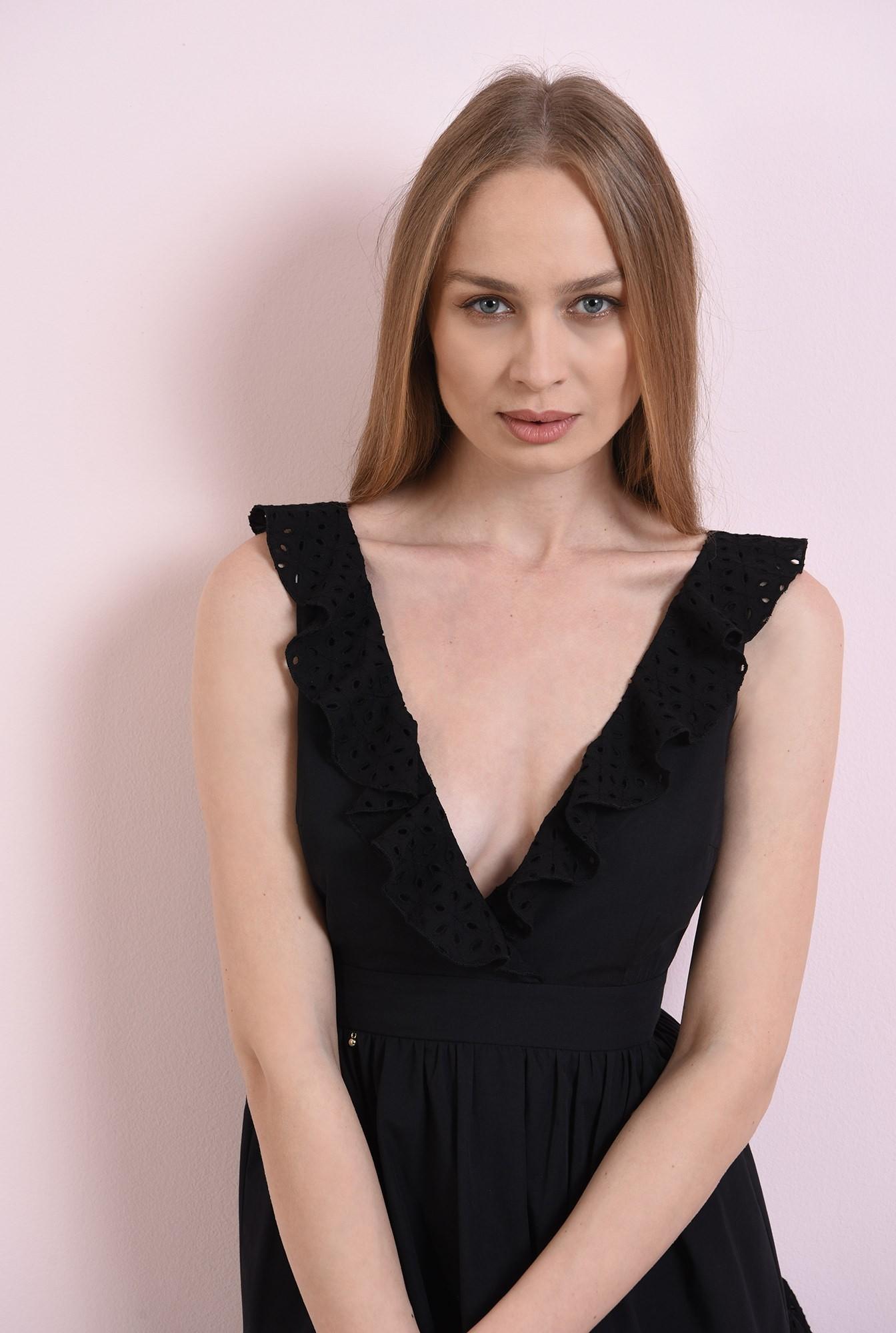 2 - rochie neagra, din bumbac perforat