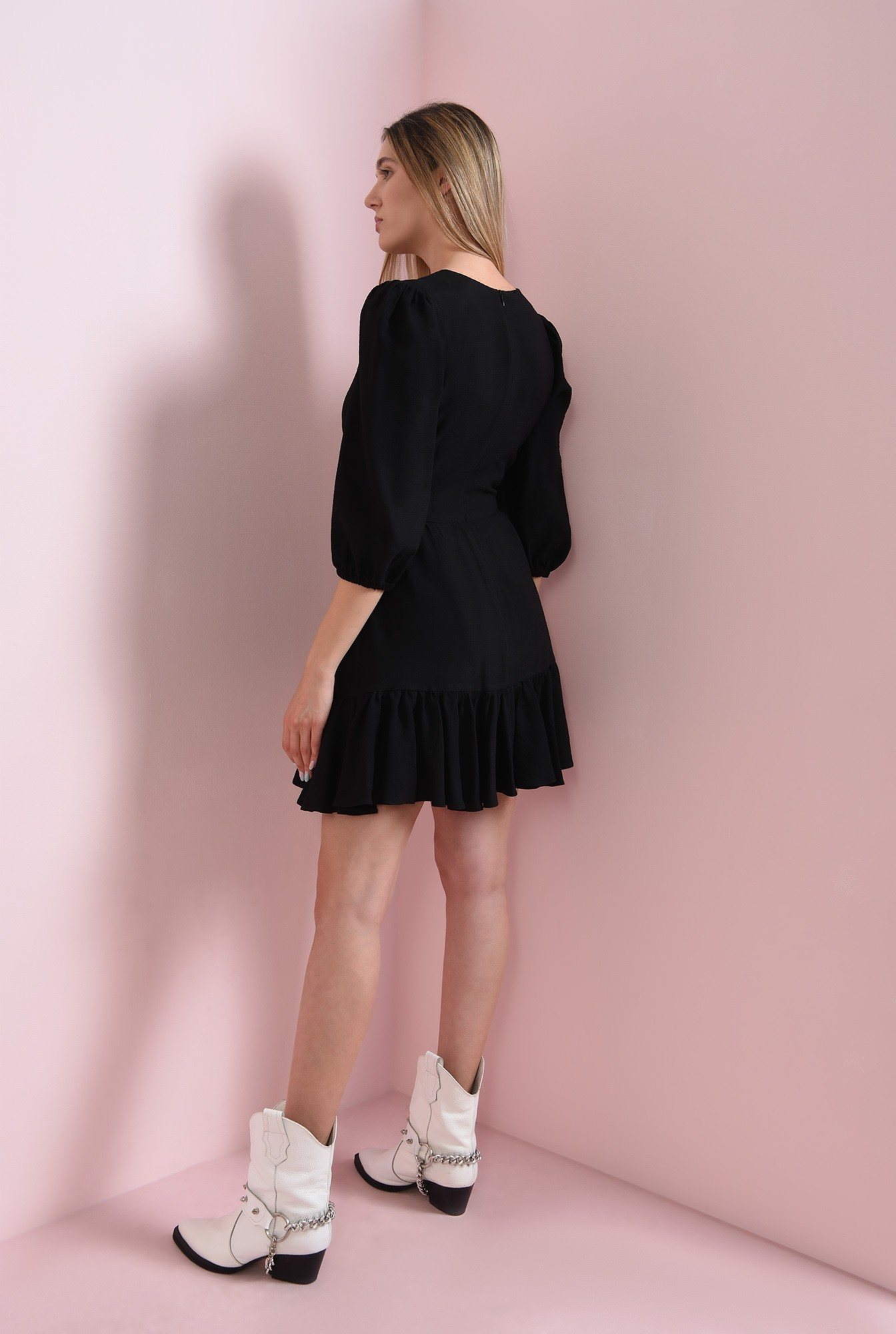 2 - rochie mini, neagra, cu maneca lunga