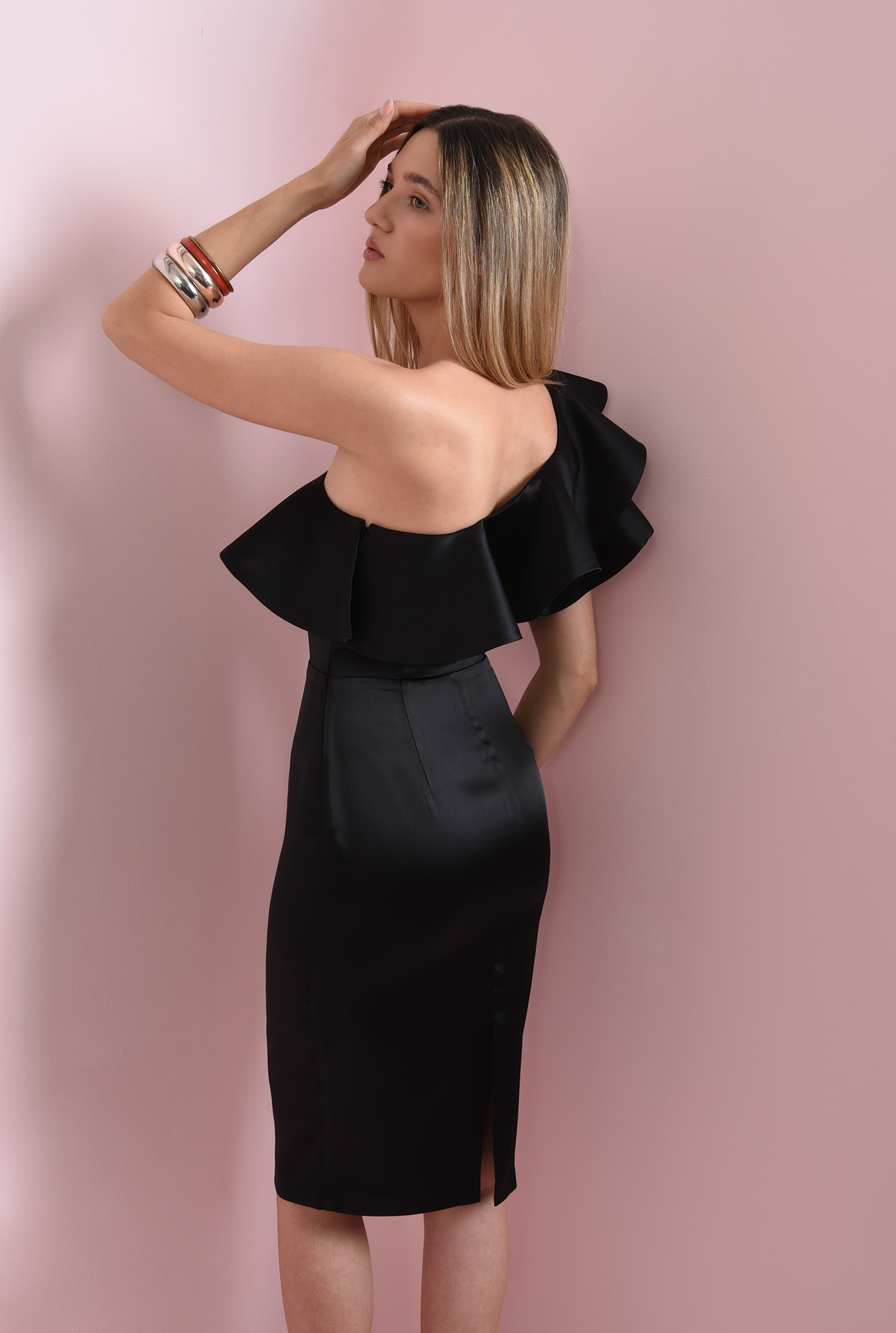 0 - rochie eleganta, conica, Poema