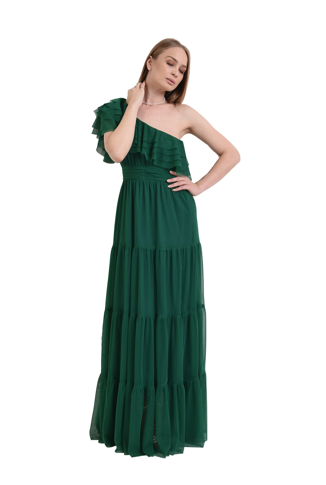 3 - rochie din tul, verde, cu decolteu asimetric