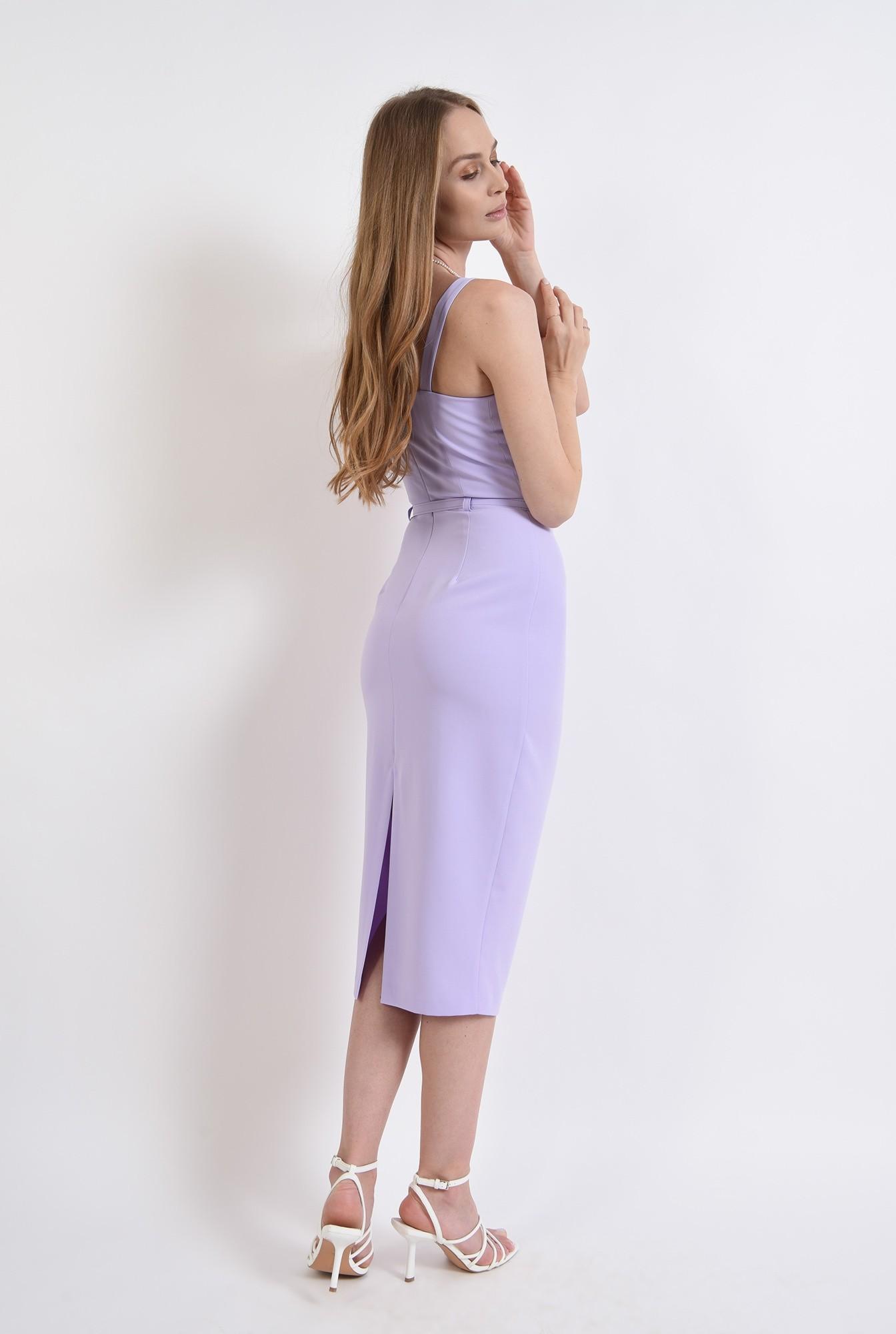 2 - rochie cu detaliu la bust, cu centura