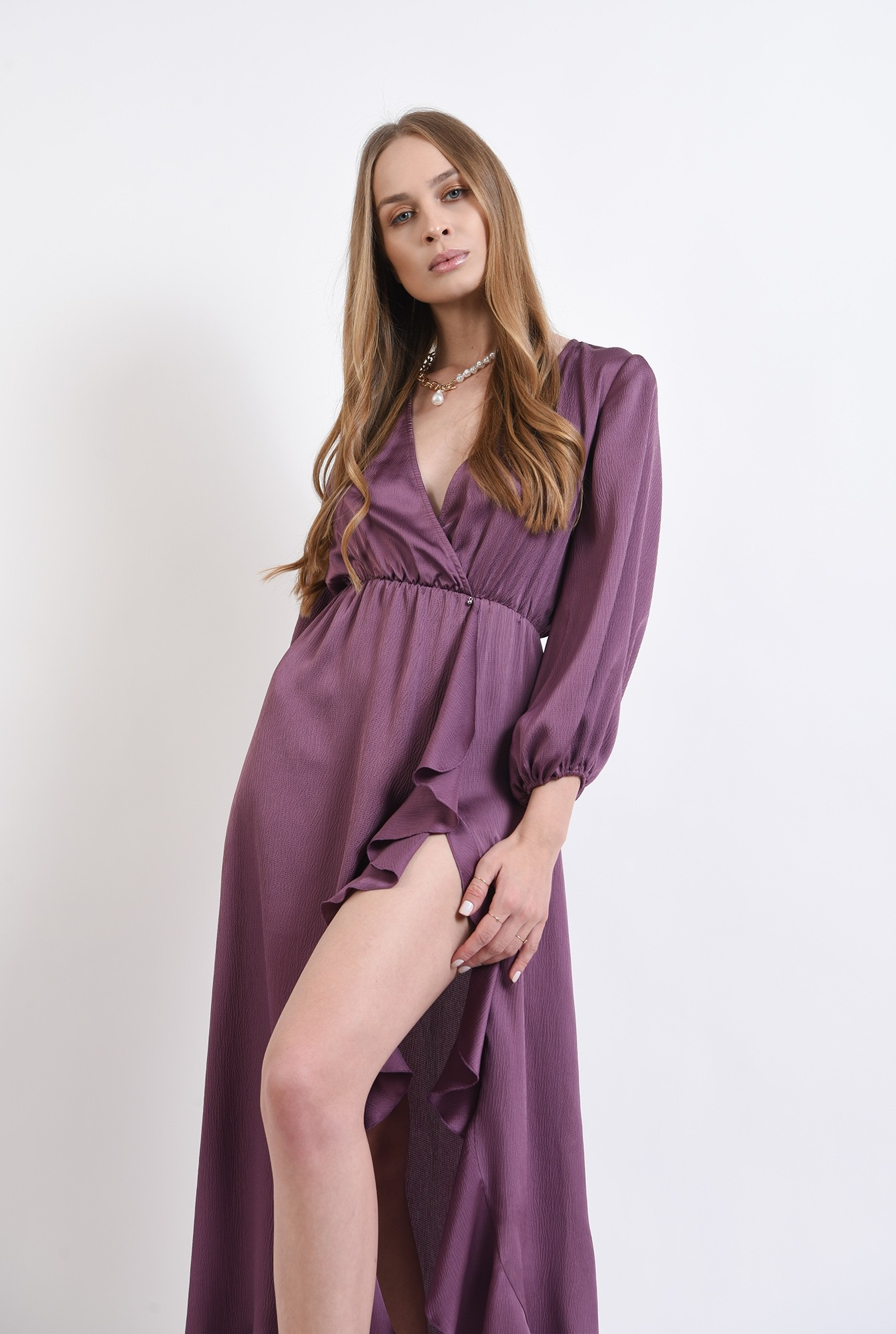 2 - rochie mov, cu maneca voluminoasa, Poema