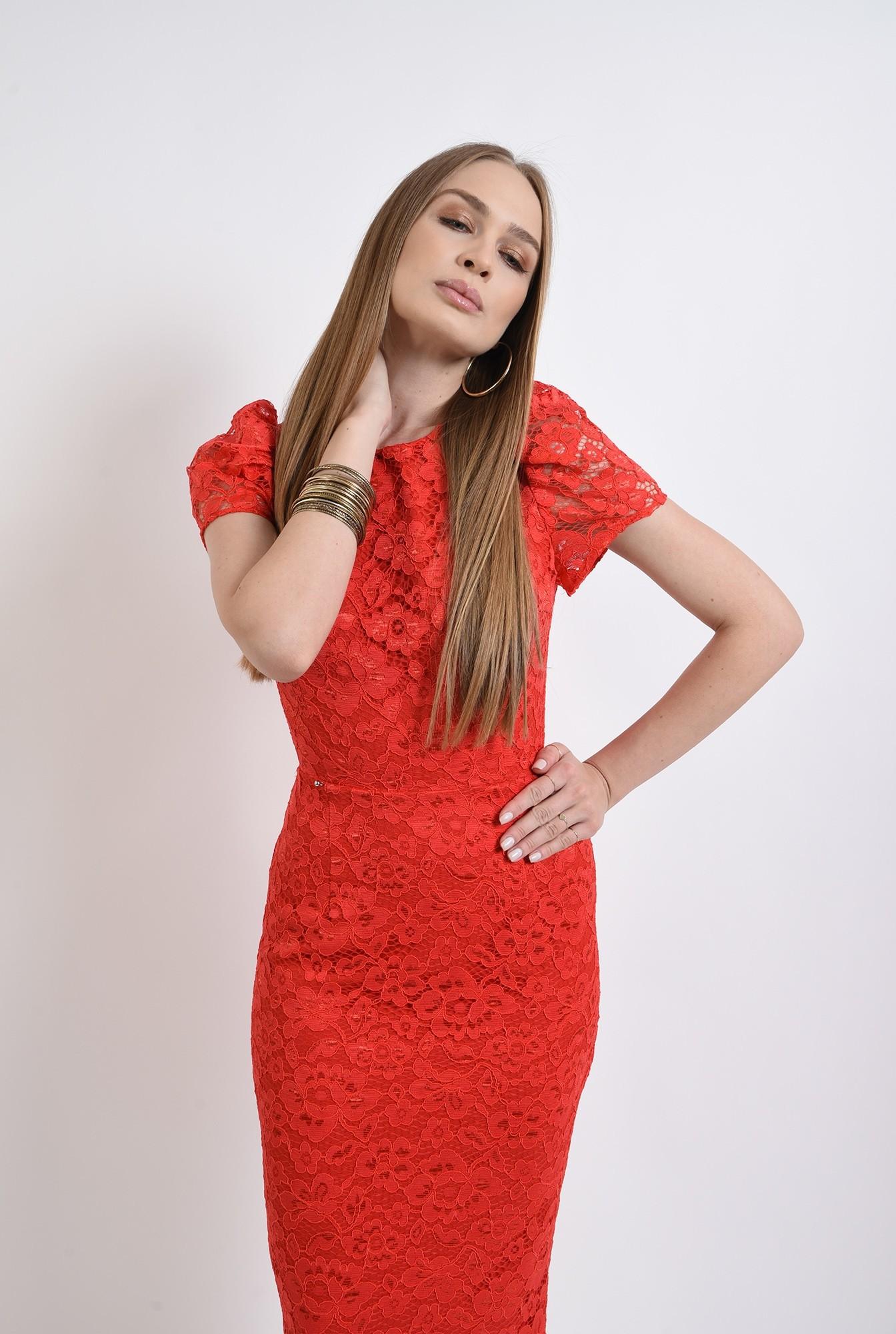 1 - rochie rosie, din dantela, conica