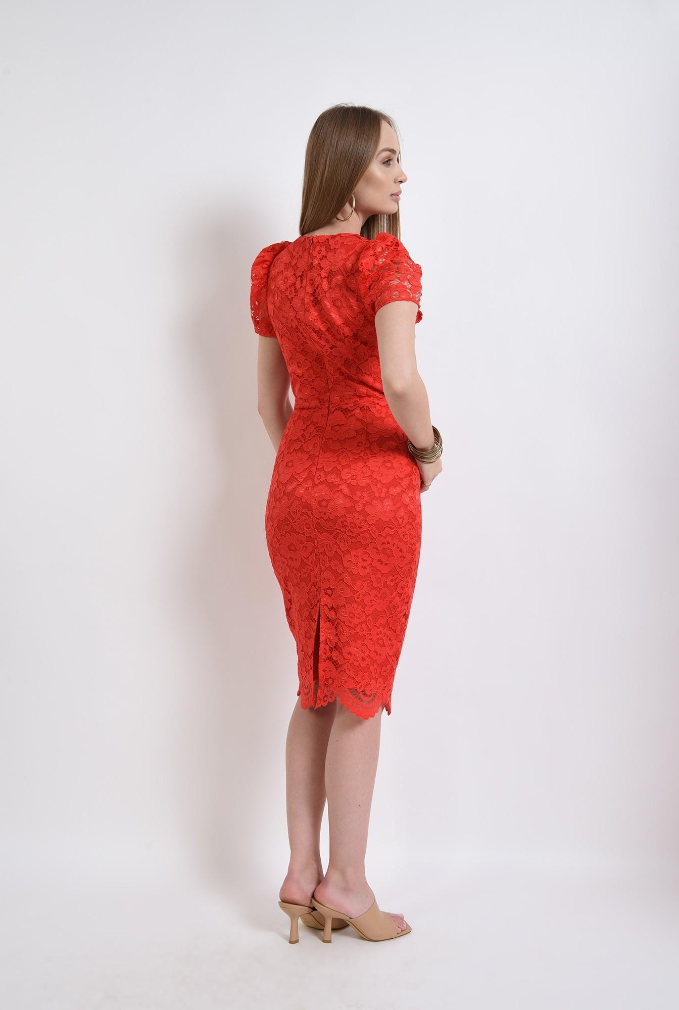 2 - rochie rosie, din dantela, conica