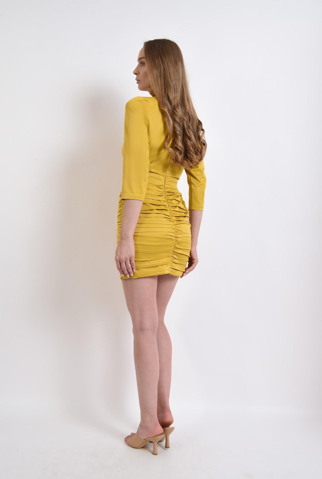 2 - rochie mustar, scurta, cu decolteu