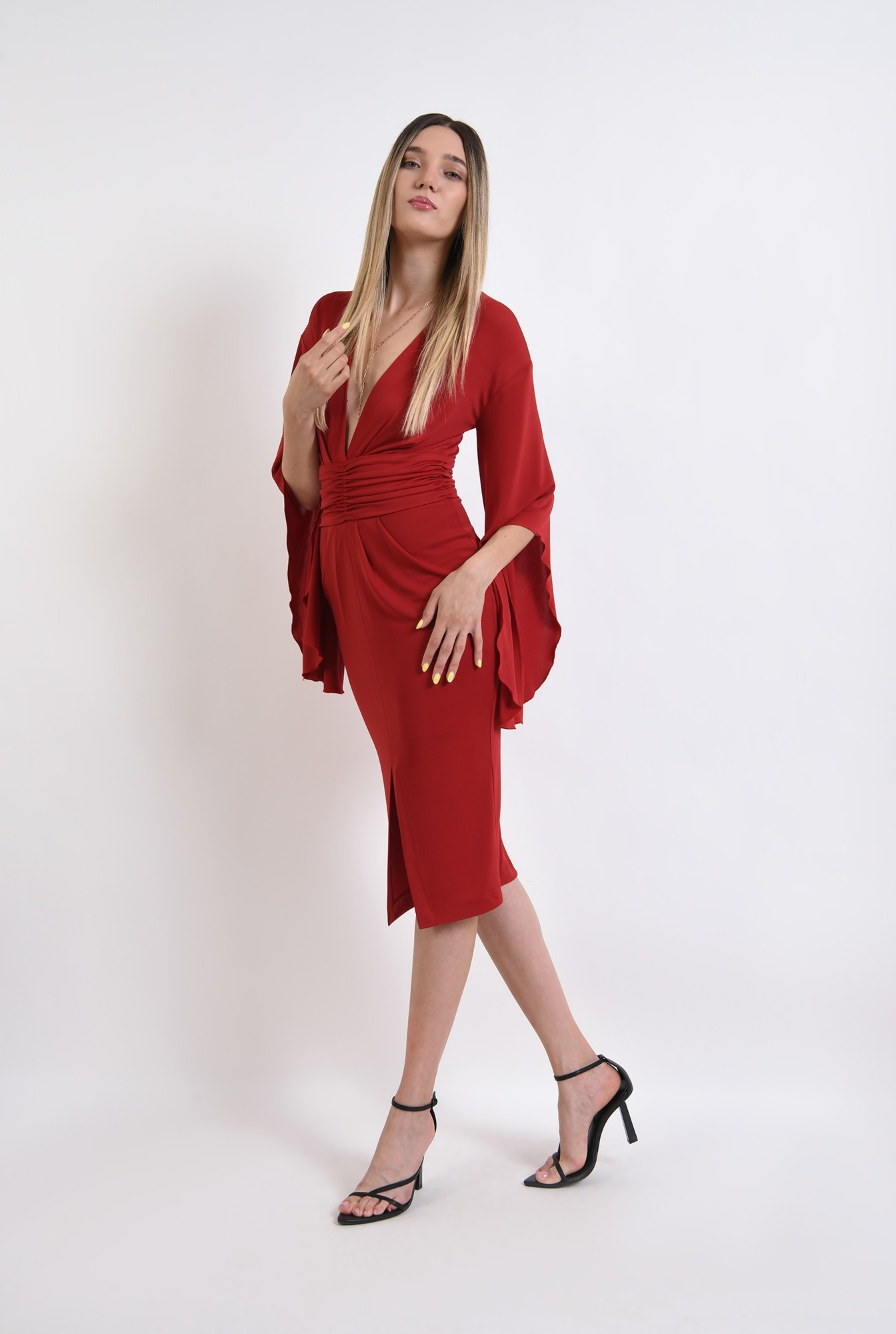 1 - rochie rosie, eleganta, cu maneci evazate