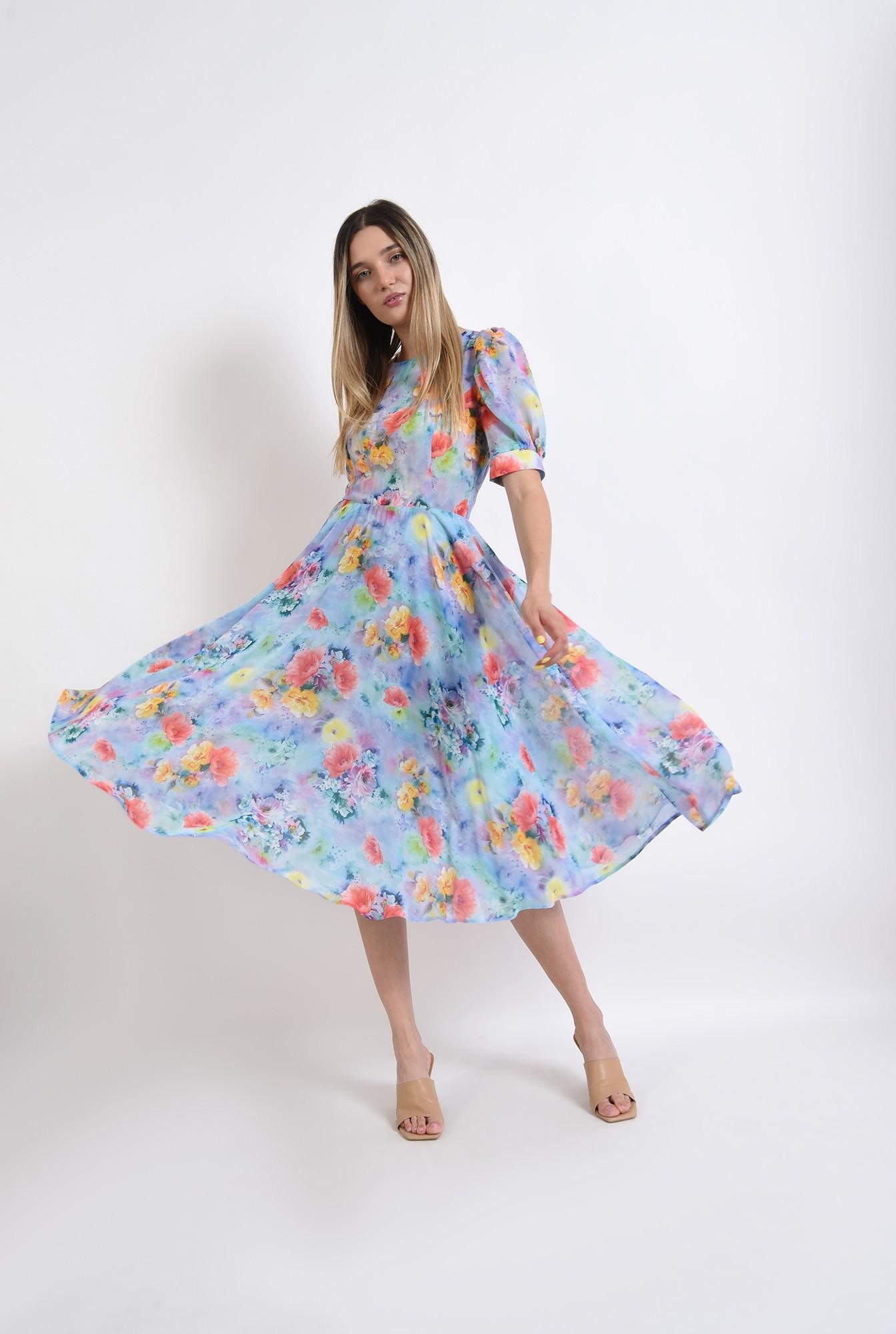 2 - rochie eleganta, cu motive florale, cu umeri accentuari