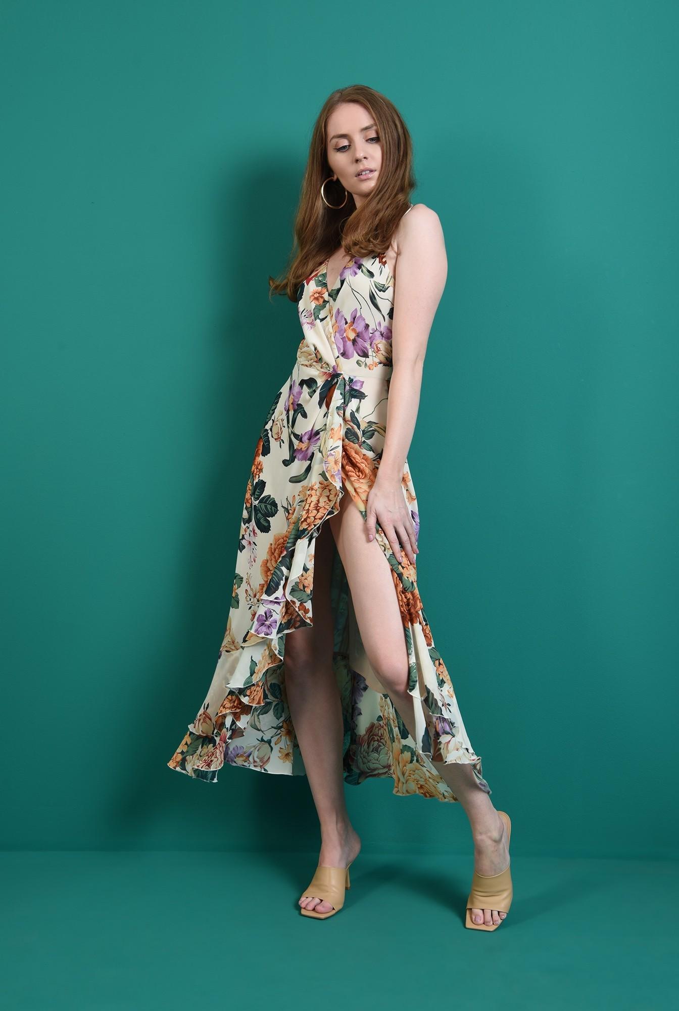 1 - rochie cu decolteu suprapus, cu flori