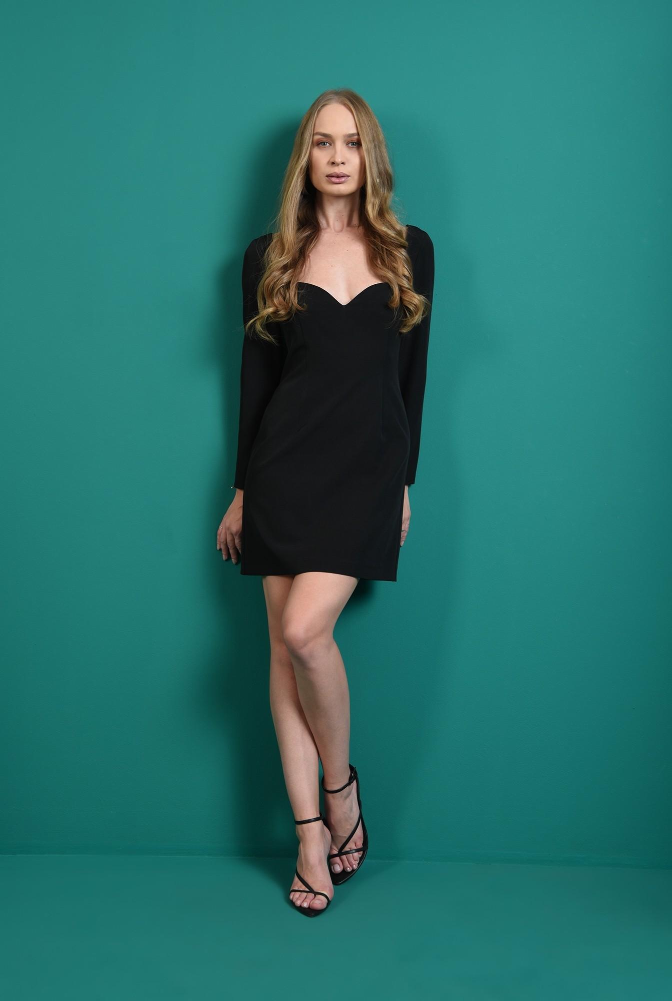 0 - rochie neagra, cu maneca lunga, cu decolteu