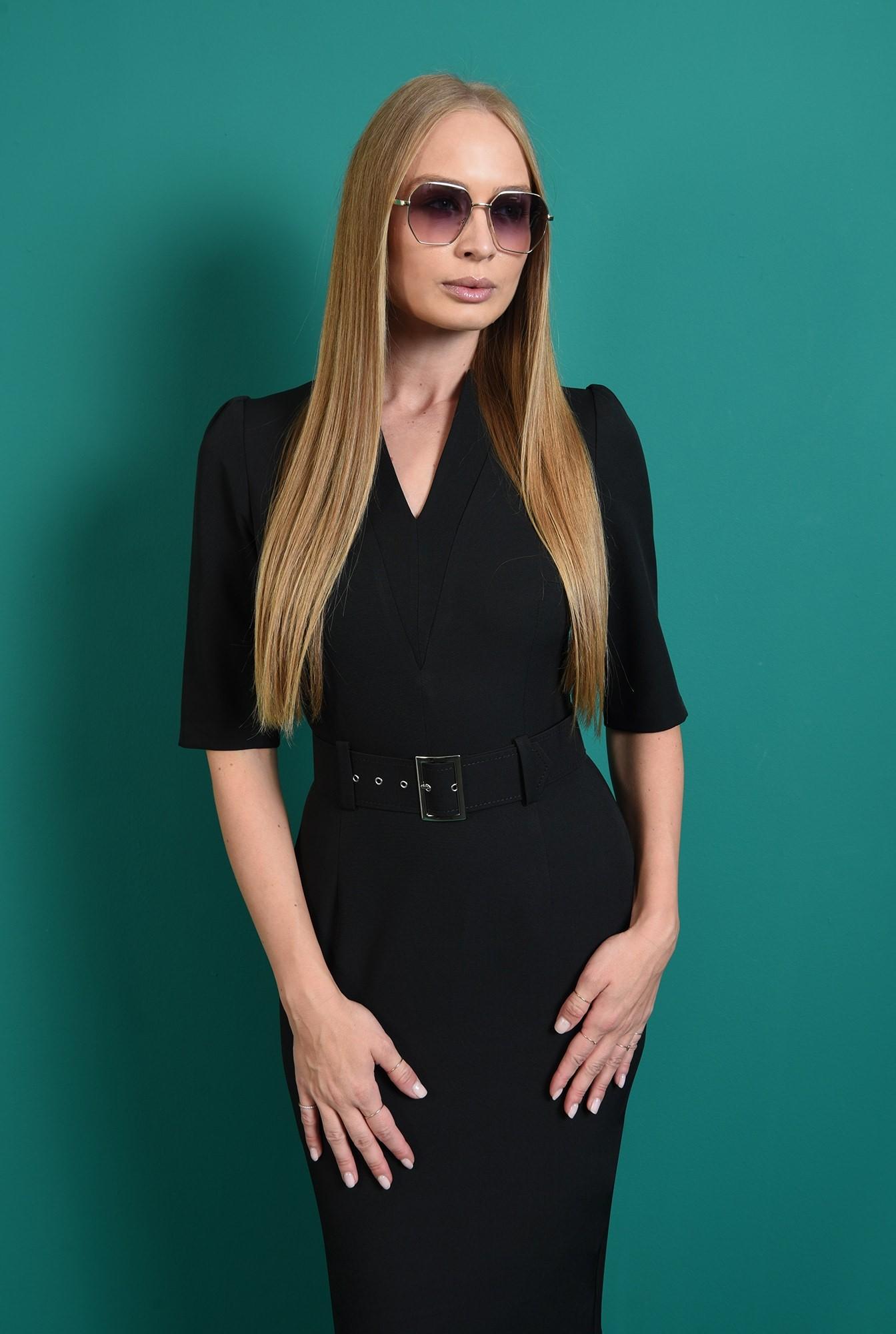 1 - rochie neagra, conica, cu revere crestate