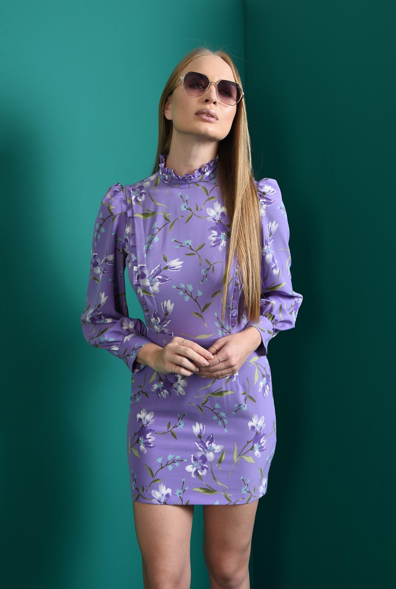2 - rochie lila, cambrata, cu motive florale