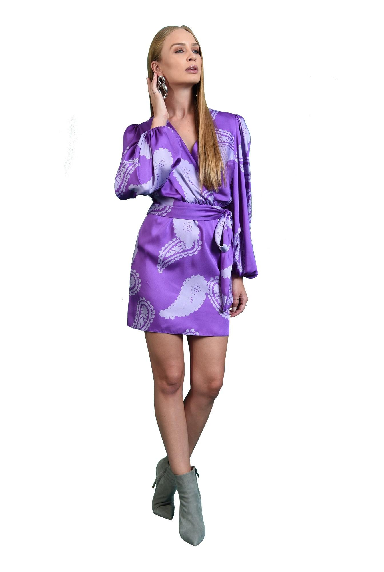 3 - rochie mini, cu print, cu maneca voluminoasa