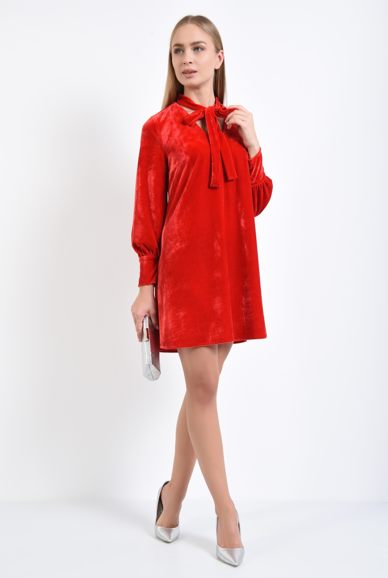3 - rochie rosie, mini, croi larg, maneci bufante, decolteu anchior