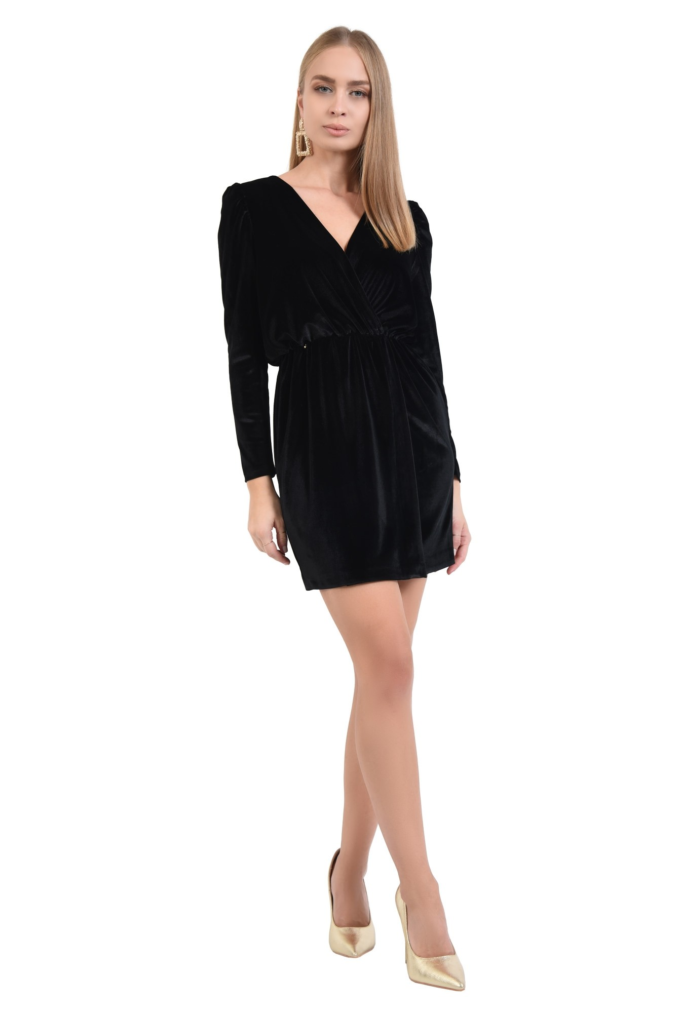 3 - 360 - rochie eleganta, neagra, scurta, decoltata, cu anchior