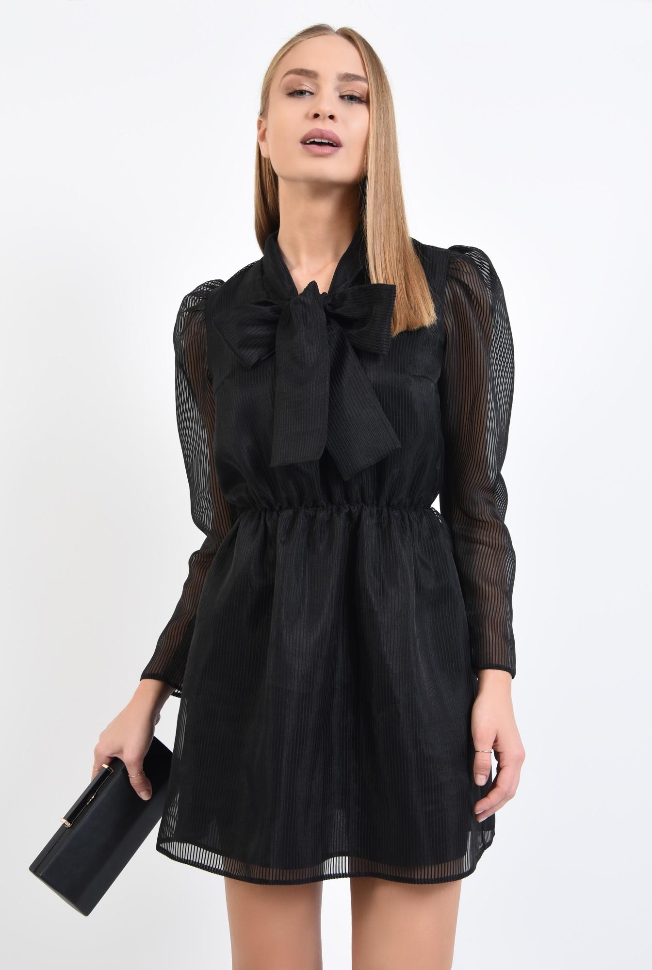 0 - 360 - rochie de seara, neagra, maneci cu cret la umar, voal tip organza