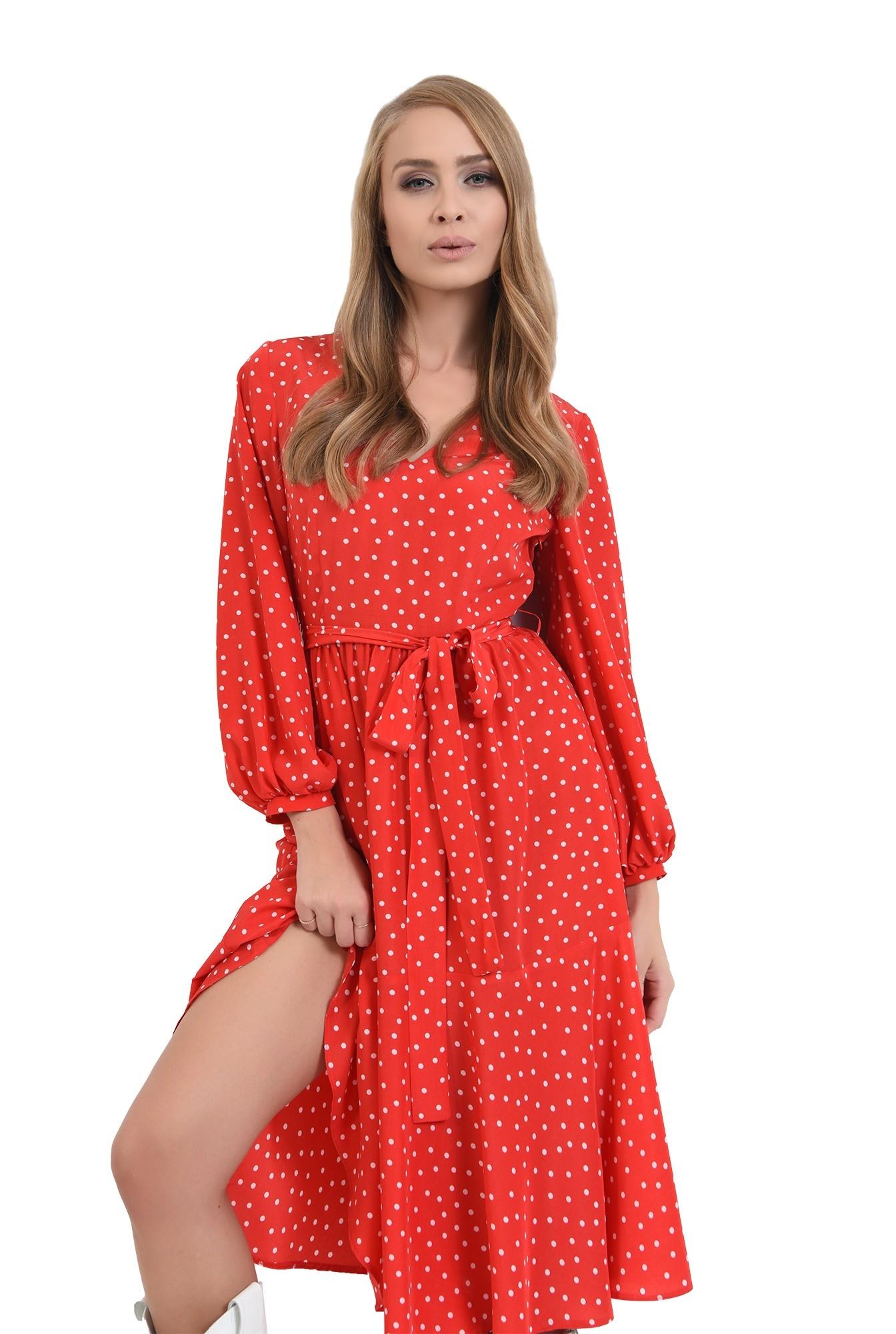 3 - rochie rosie, cu decolteu in V, cu maneca lunga
