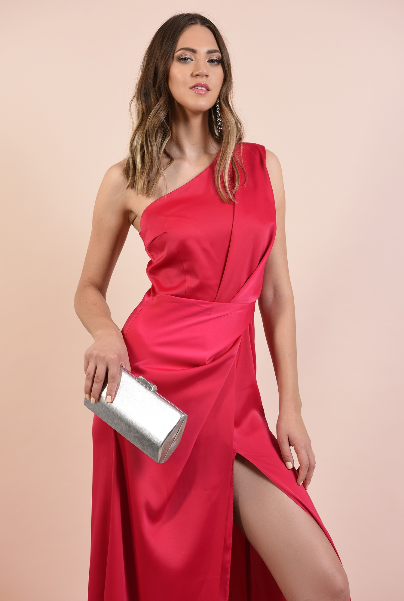0 - rochie eleganta, lunga, cu slit adanc, cusatura in talie