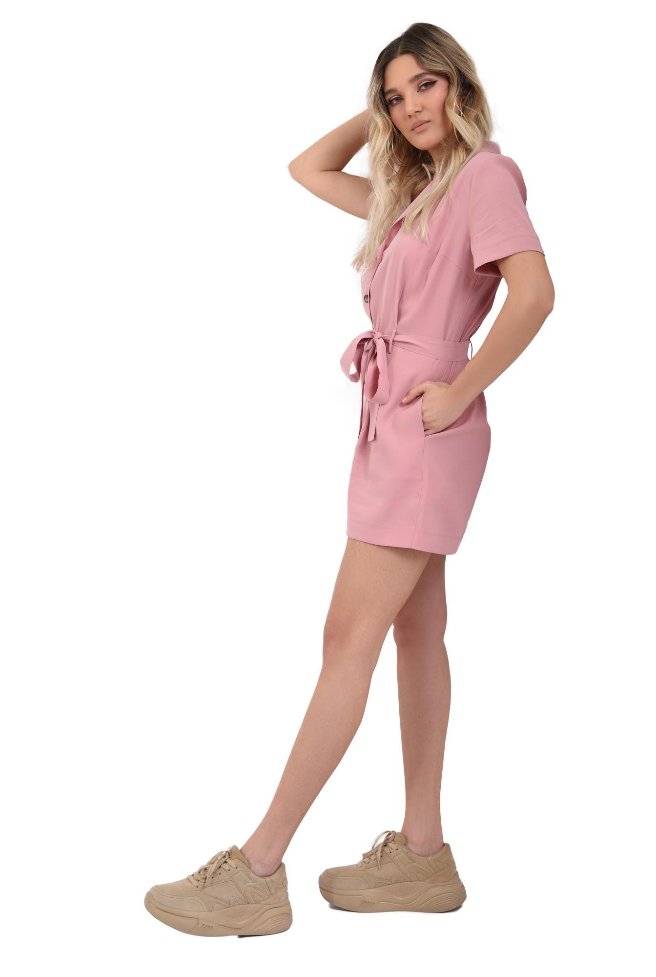 0 - salopeta casual, scurta, cu revere, cu nasturi, cordon, roz