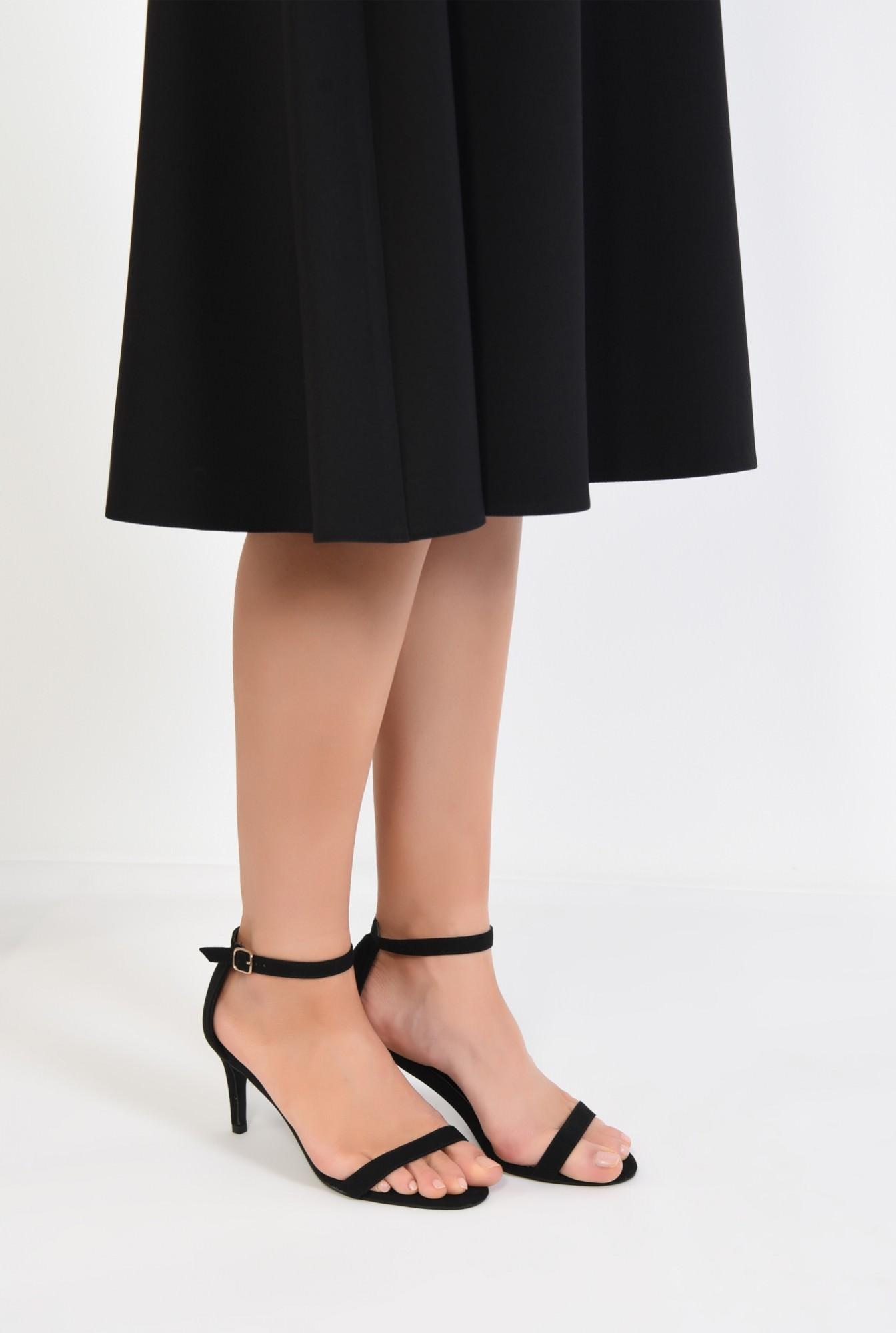 4 - sandale elegante, din catifea, cu toc stiletto