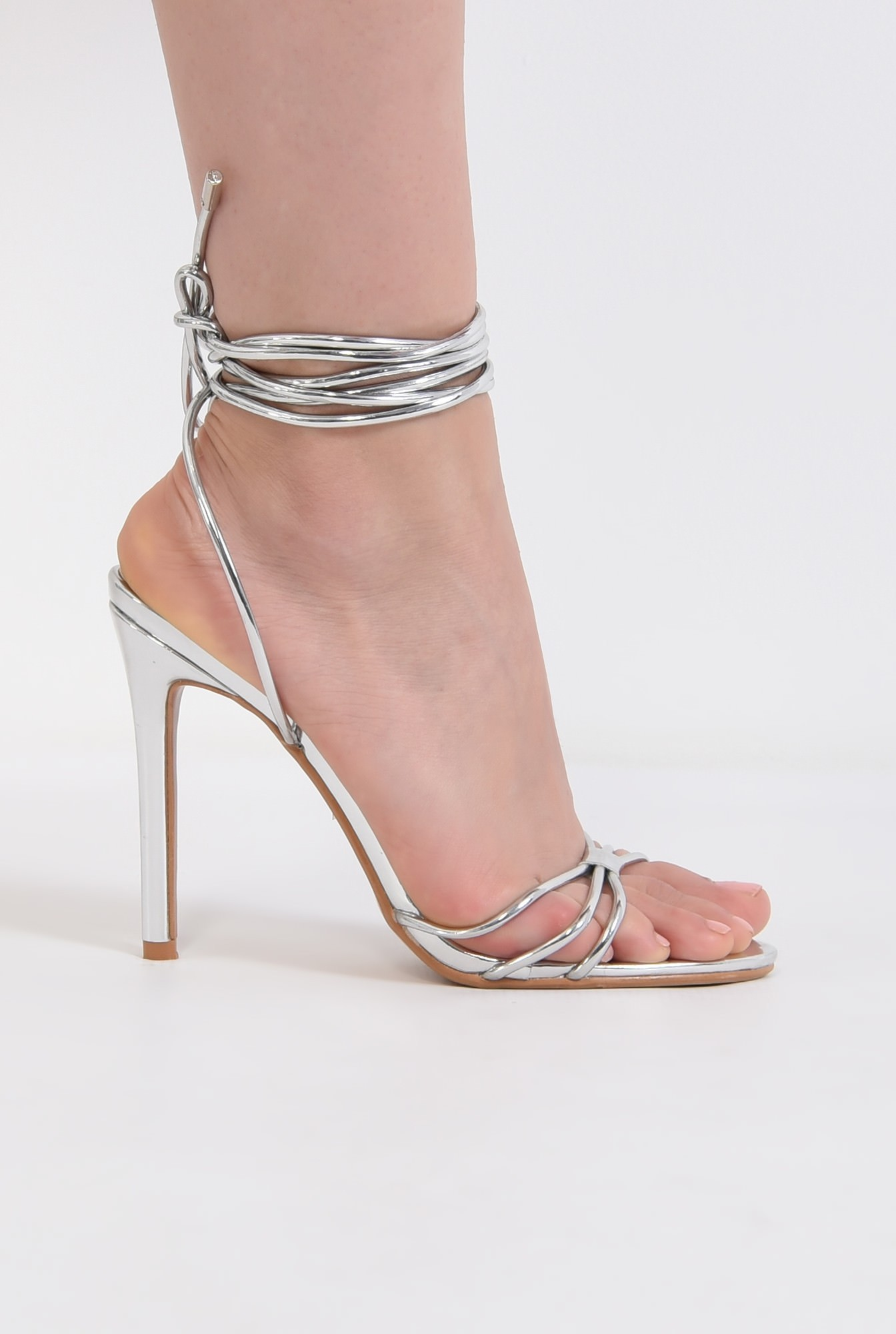 0 - sandale elegante, argintii, cu snur, stiletto