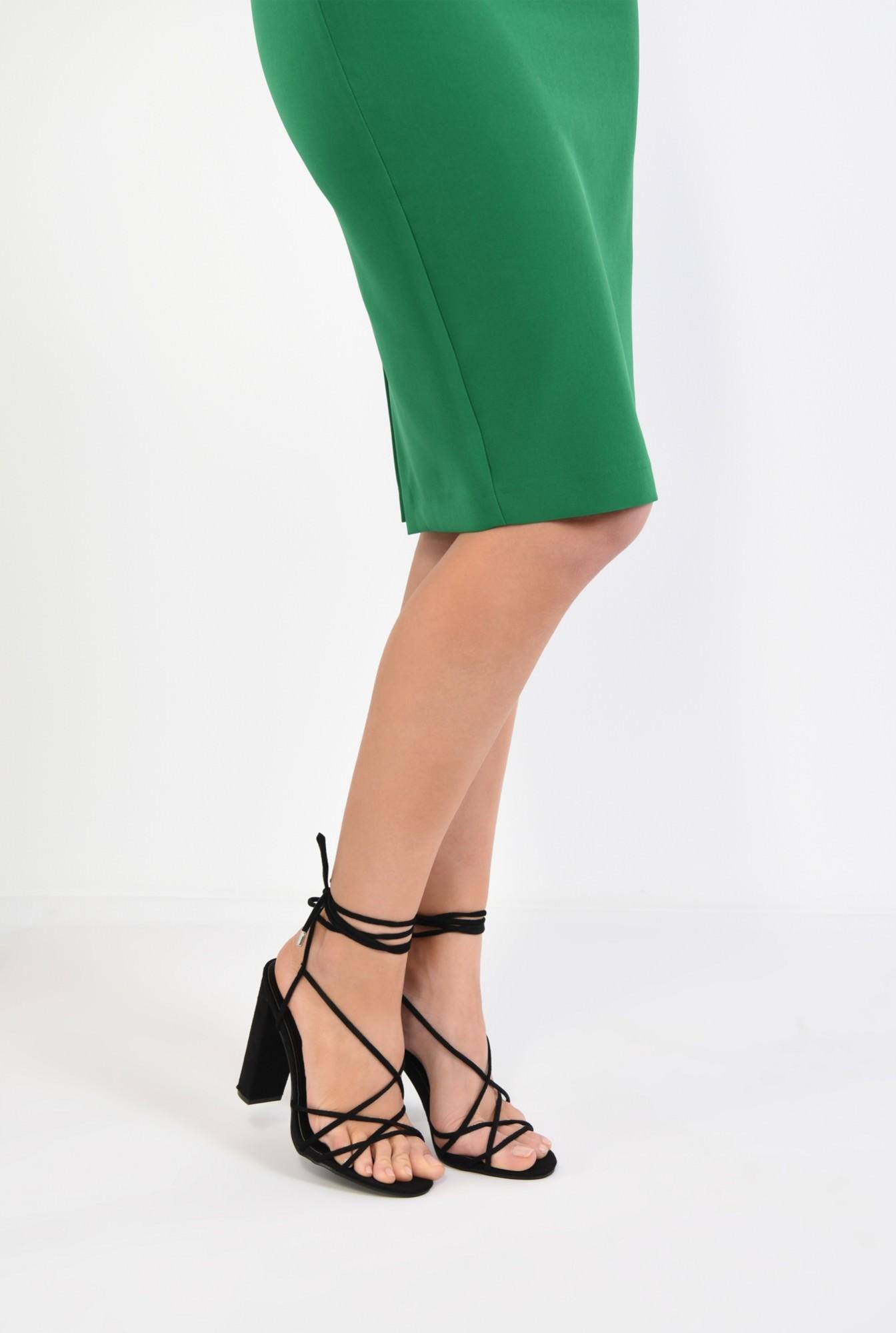 4 - sandale elegante, negre, cu toc gros, barete tip snur