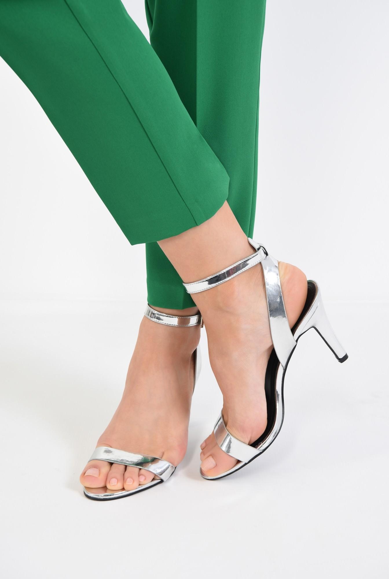 4 - sandale metalice, toc subtire, bareta peste picior