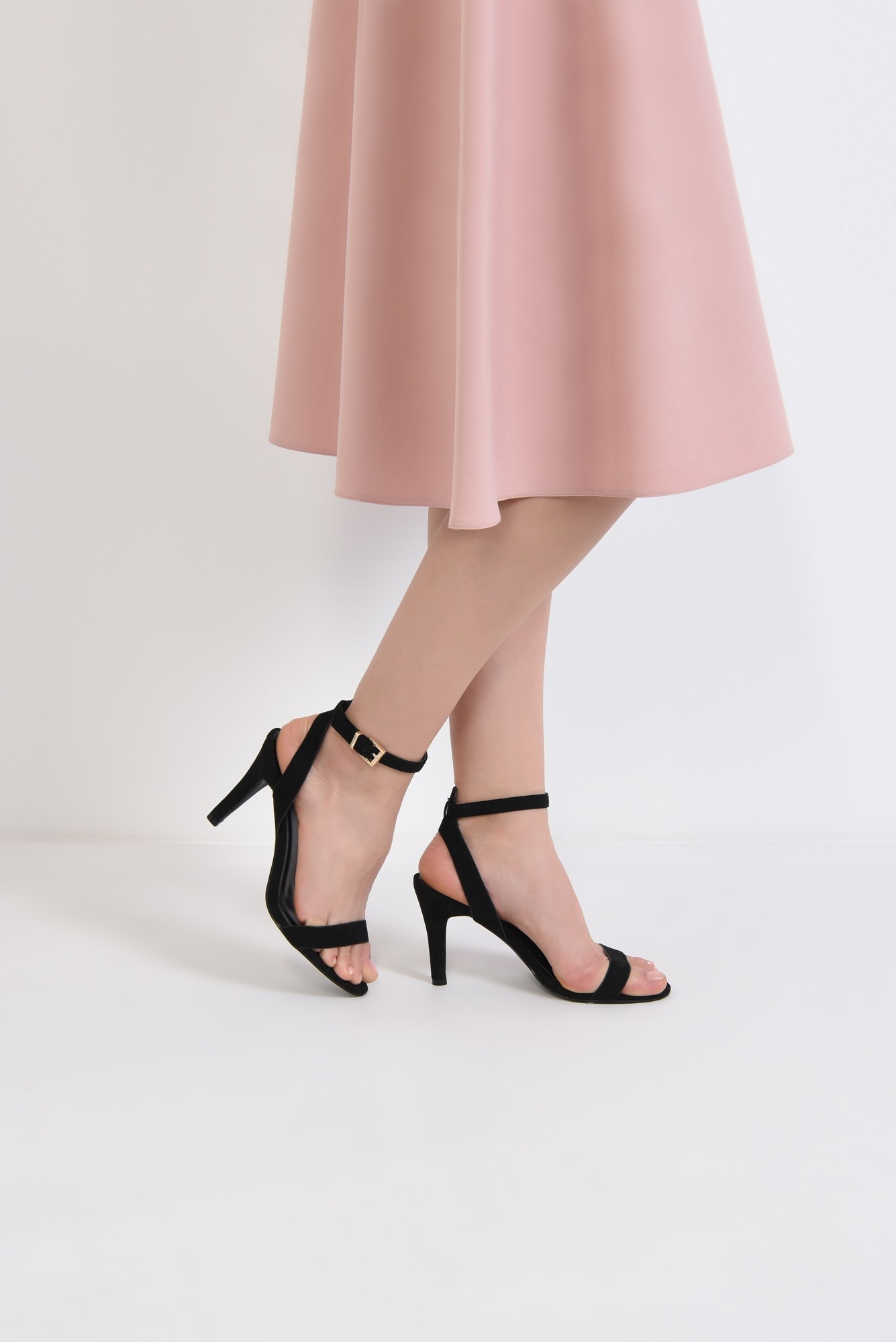4 - sandale casual, toc subtire, bareta la glezna, negru