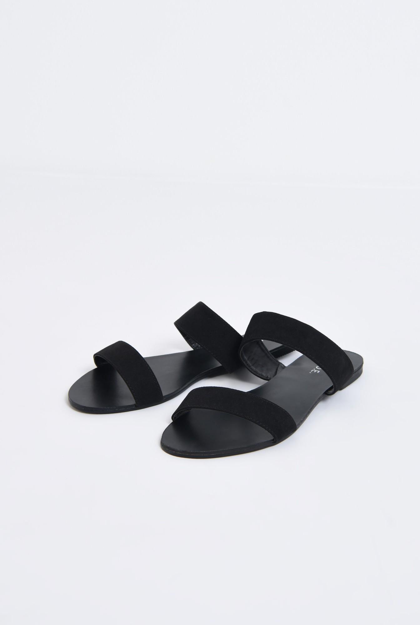 1 - papuci din velur, negru, talpa joasa, barete late