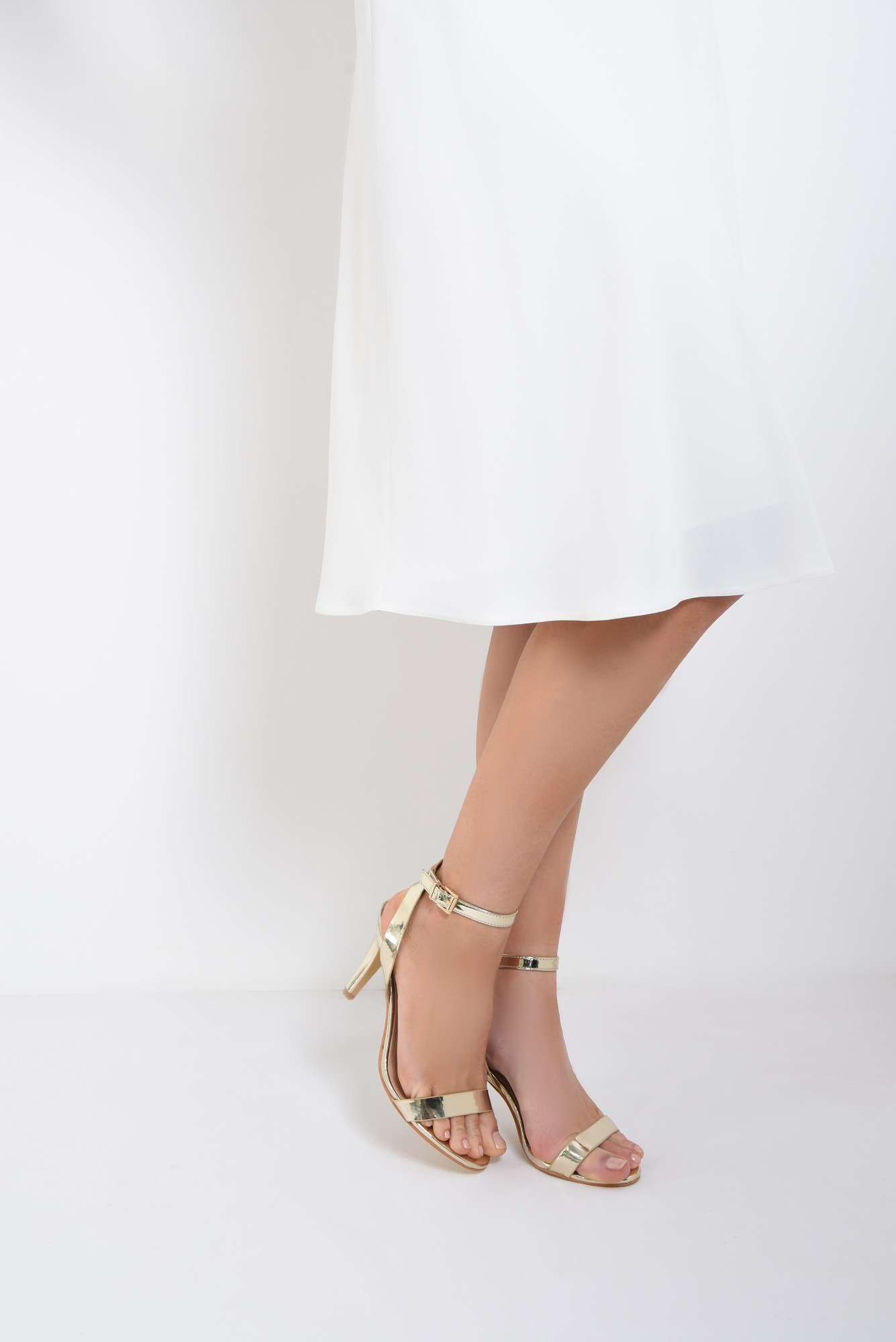 4 - sandale elegante, aurii, cu toc subtire